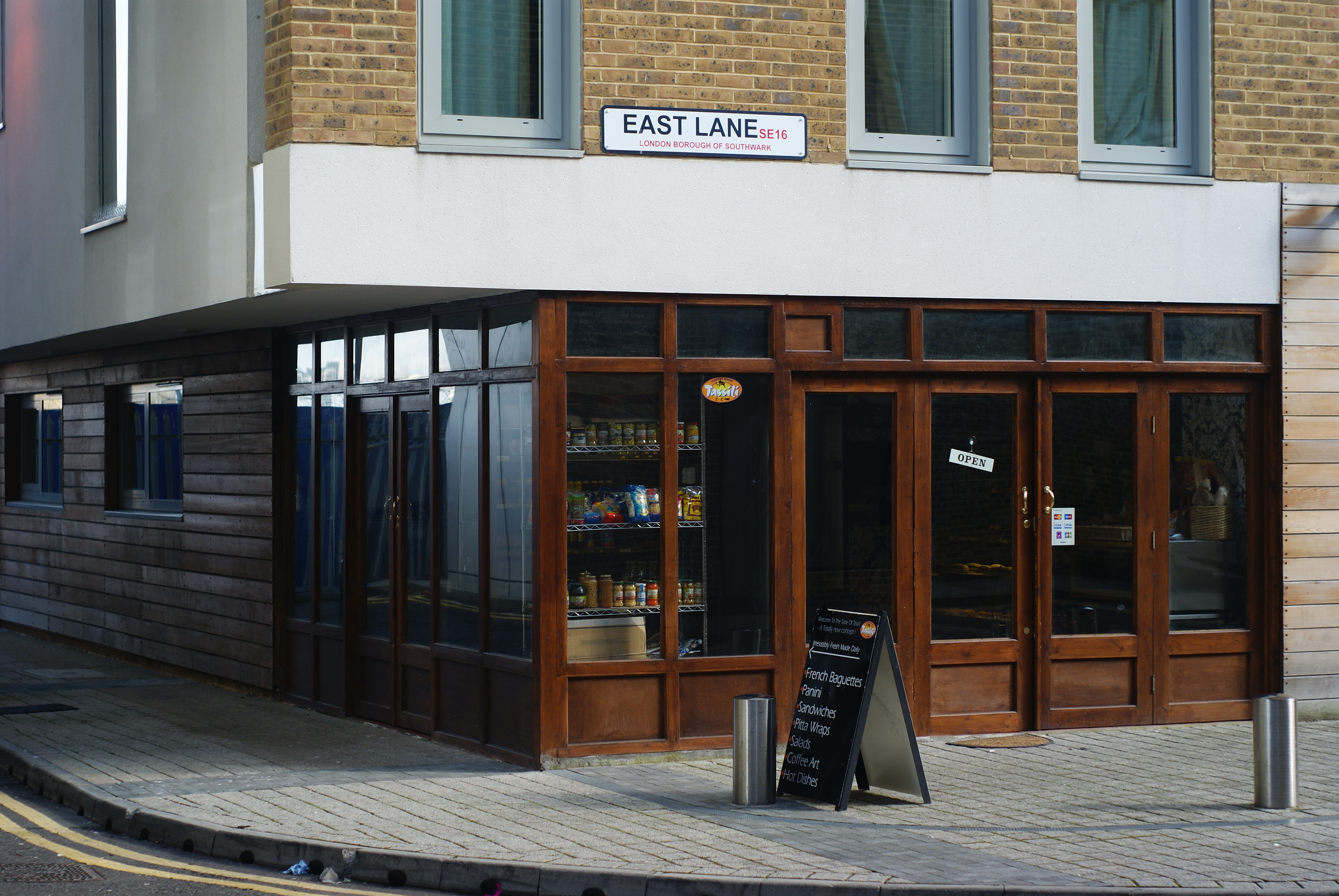 File Coffee Shop In Bermondsey Geograph Org Uk 1771195