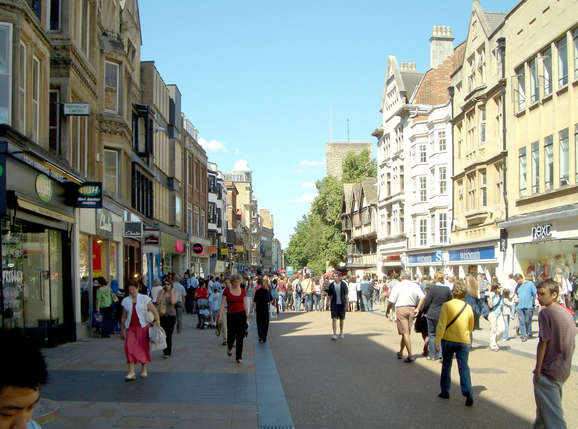 Cornmarket Street, Oxford: a view of what will be your new home town after moving from Edinburgh to Oxford.