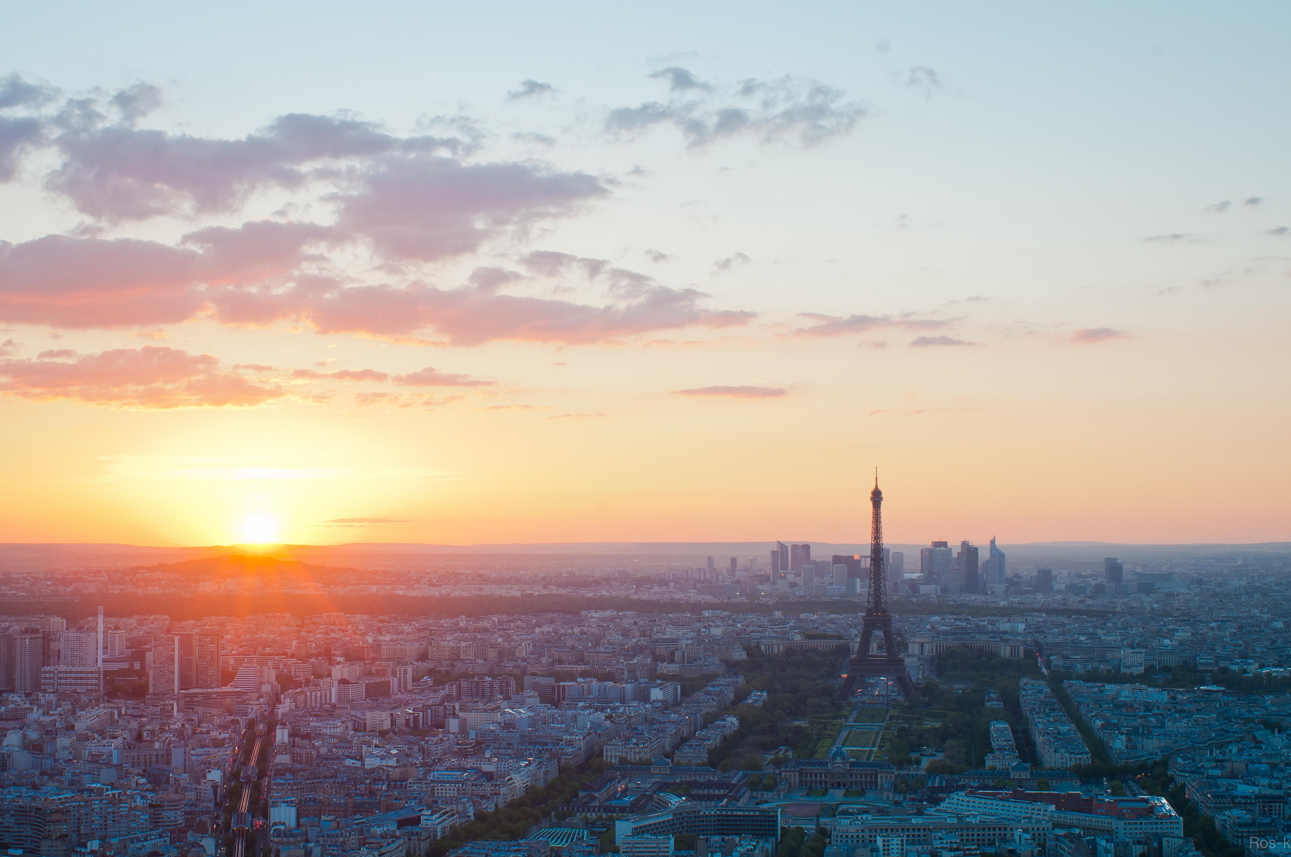 File couch de soleil sur paris depuis la tour wikimedia commons - Coucher de soleil sur paris ...