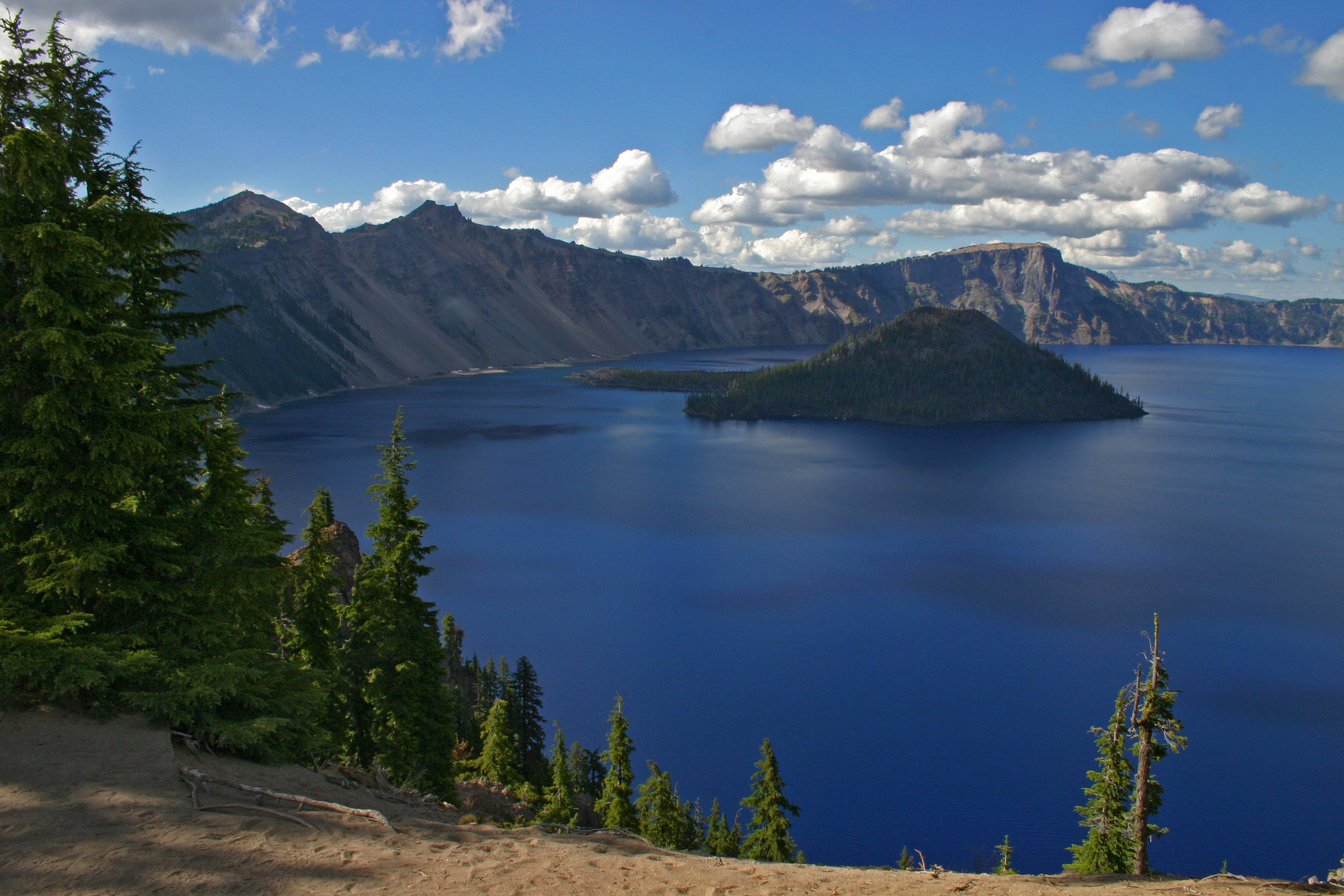 Crater Lake Rim Tour