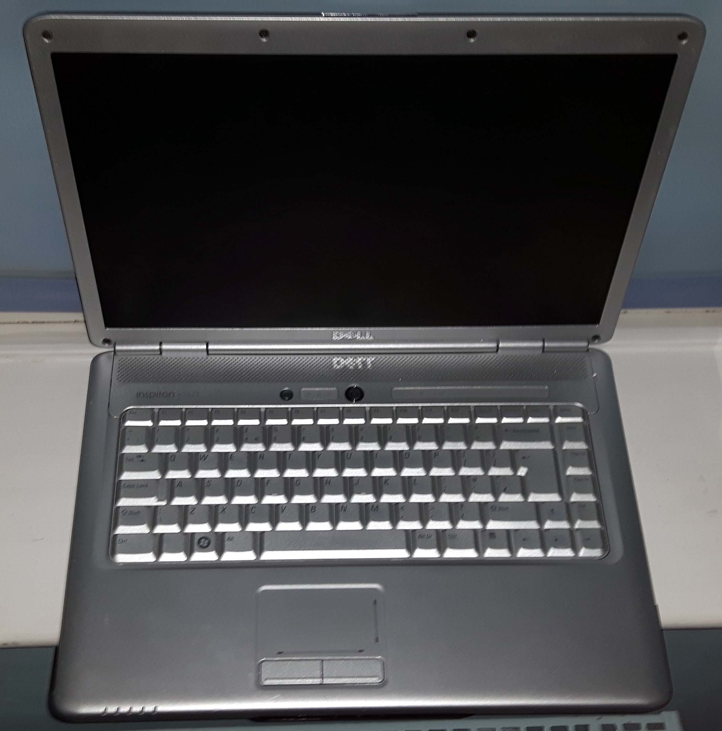 Dell Inspiron 1525 - Wikipedia