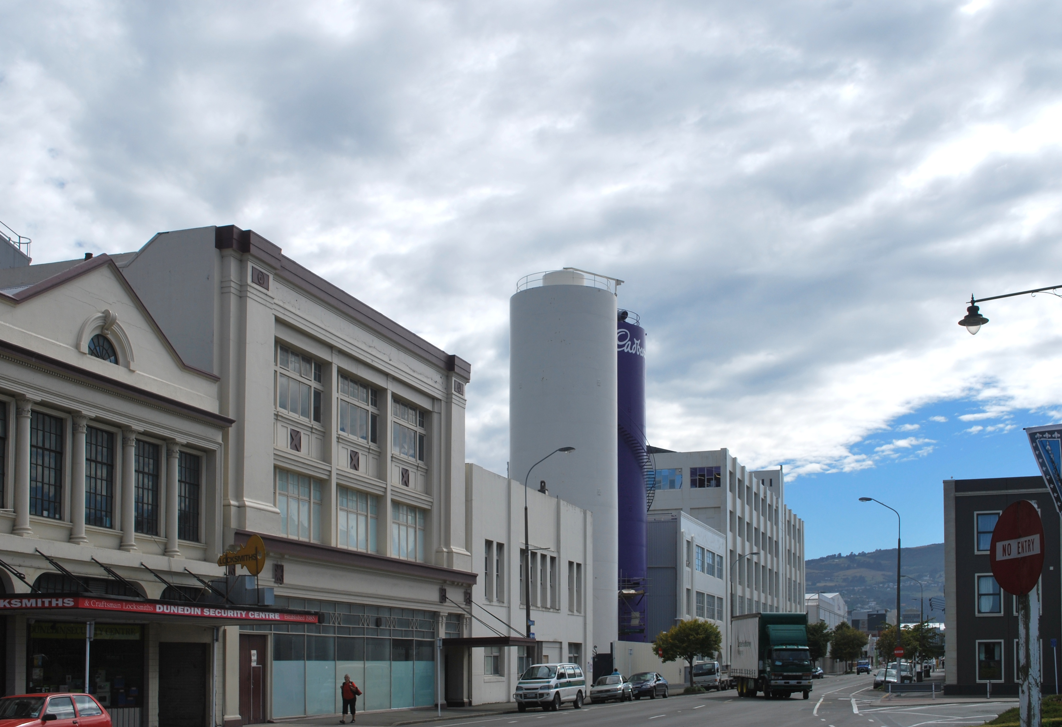 File:Dunedin Cadbury Building.JPG - Wikimedia Commons