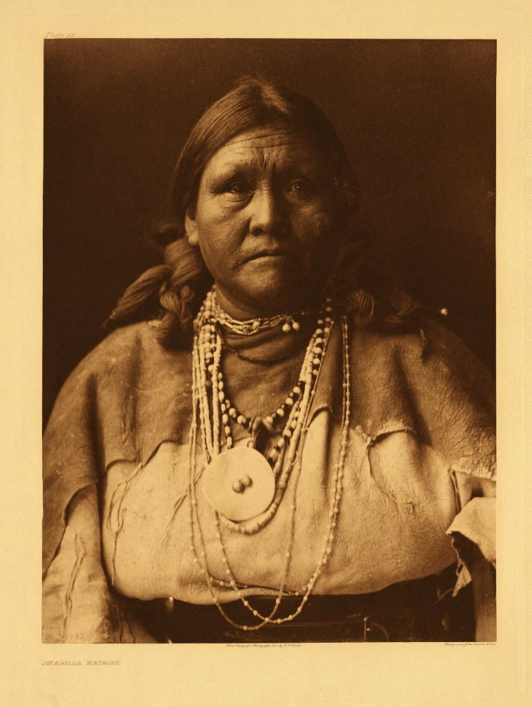 Apaches Edward_S._Curtis_Collection_People_070