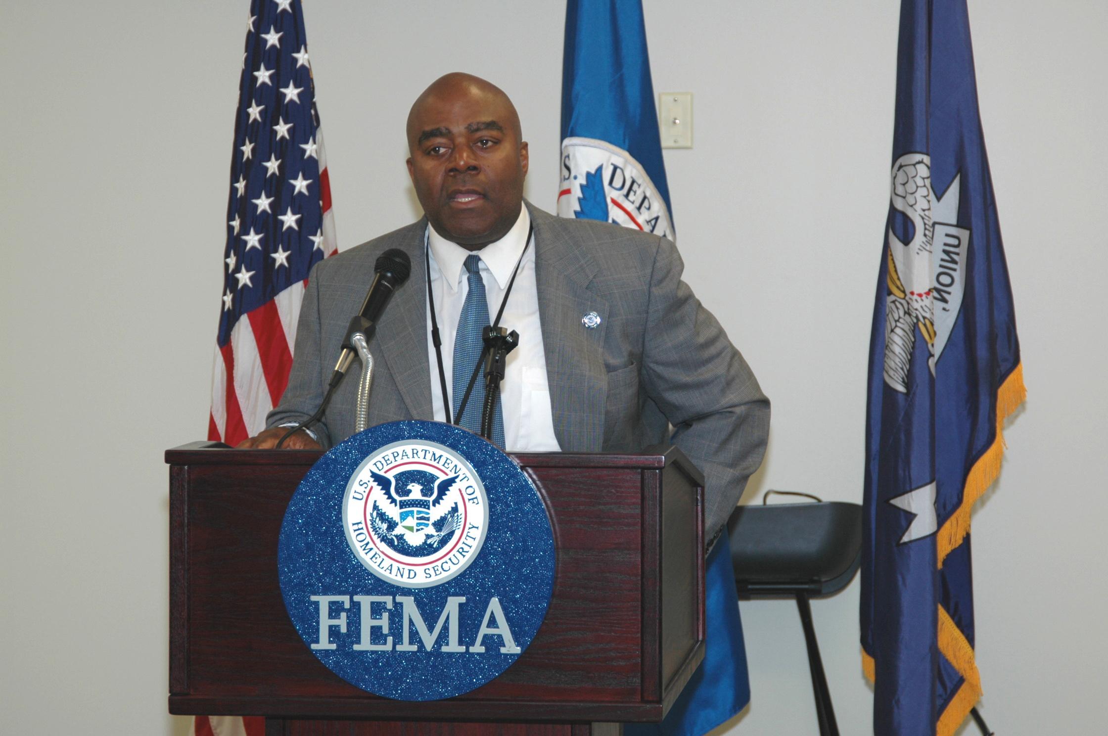FEMA - 46225 - FEMA Baton Rouge, Louisiana Recovery Office renovated.jpg English: Baton Rouge, LA, March 3, 2011 -- FEMA Region 6 Administrator