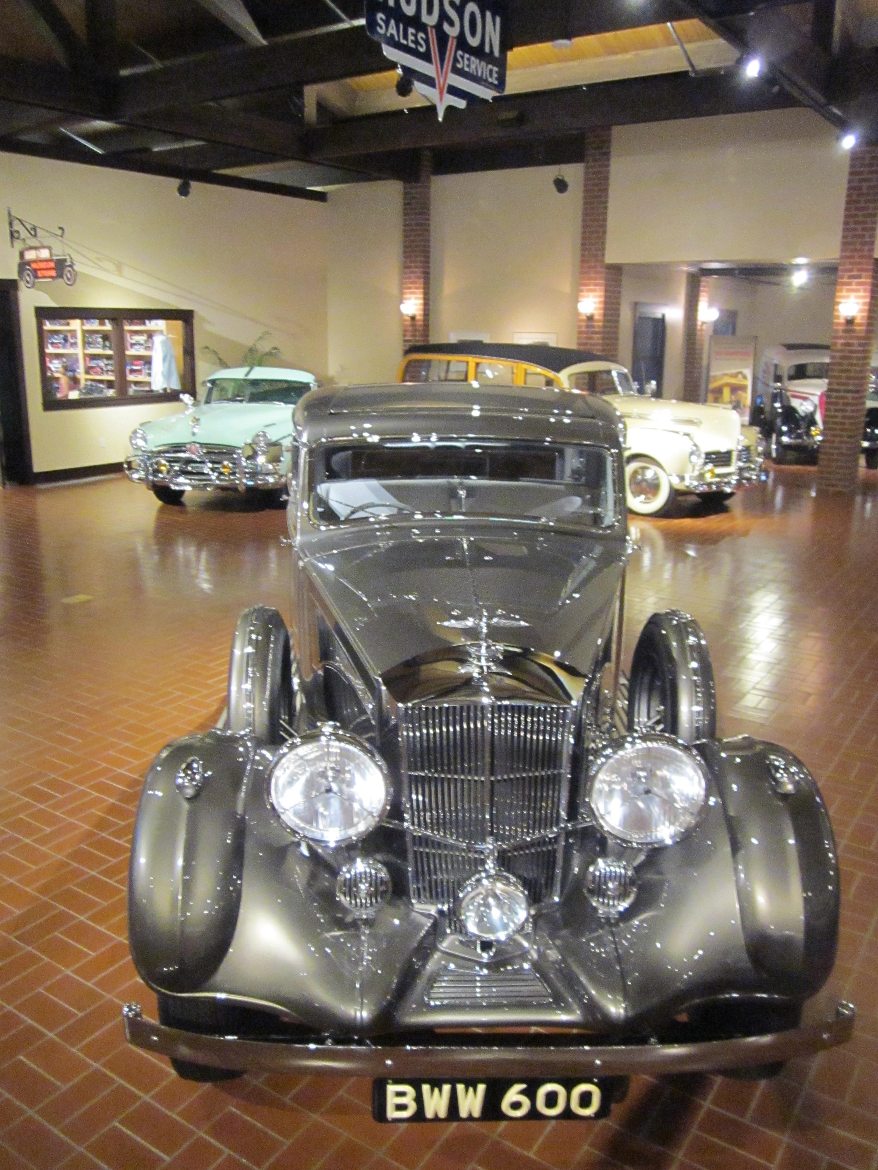 FileGilmore Car Museum Hickory Corners Michigan USA - Classic car museums in usa