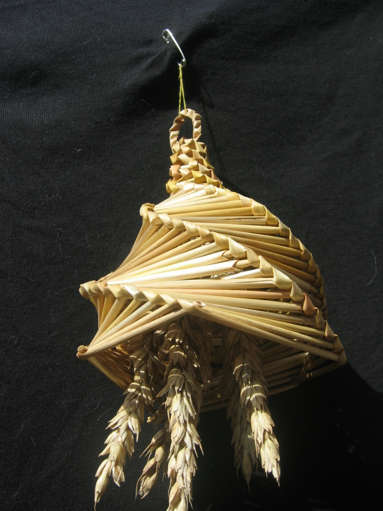 hereford lantern corn dolly
