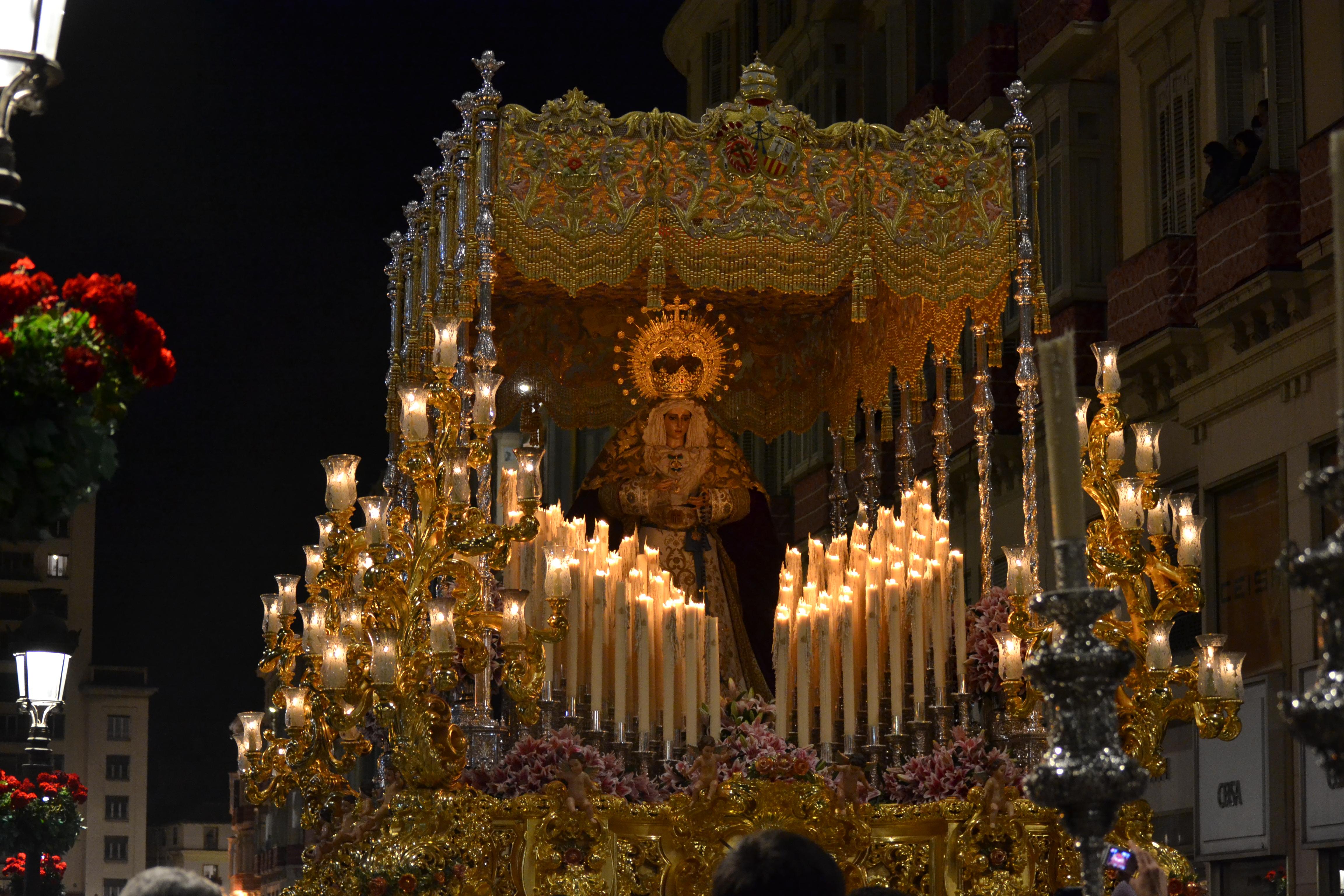 Description Holy Week Malaga 2012.jpg