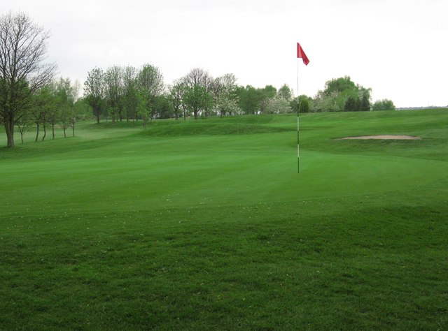 Howley Hall Golf Course - geograph.org.uk - 414384