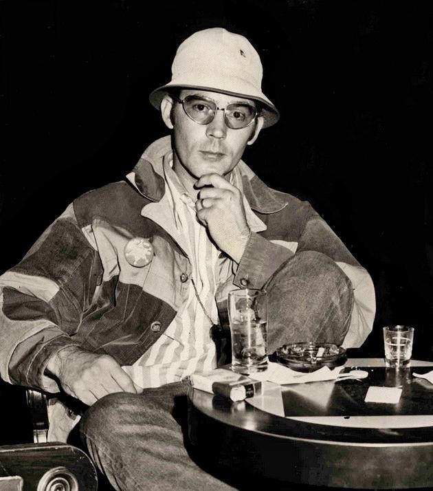 Thompson at [[Caesars Palace]] in [[Las Vegas]], {{circa}}{{nbsp}}March–April 1971