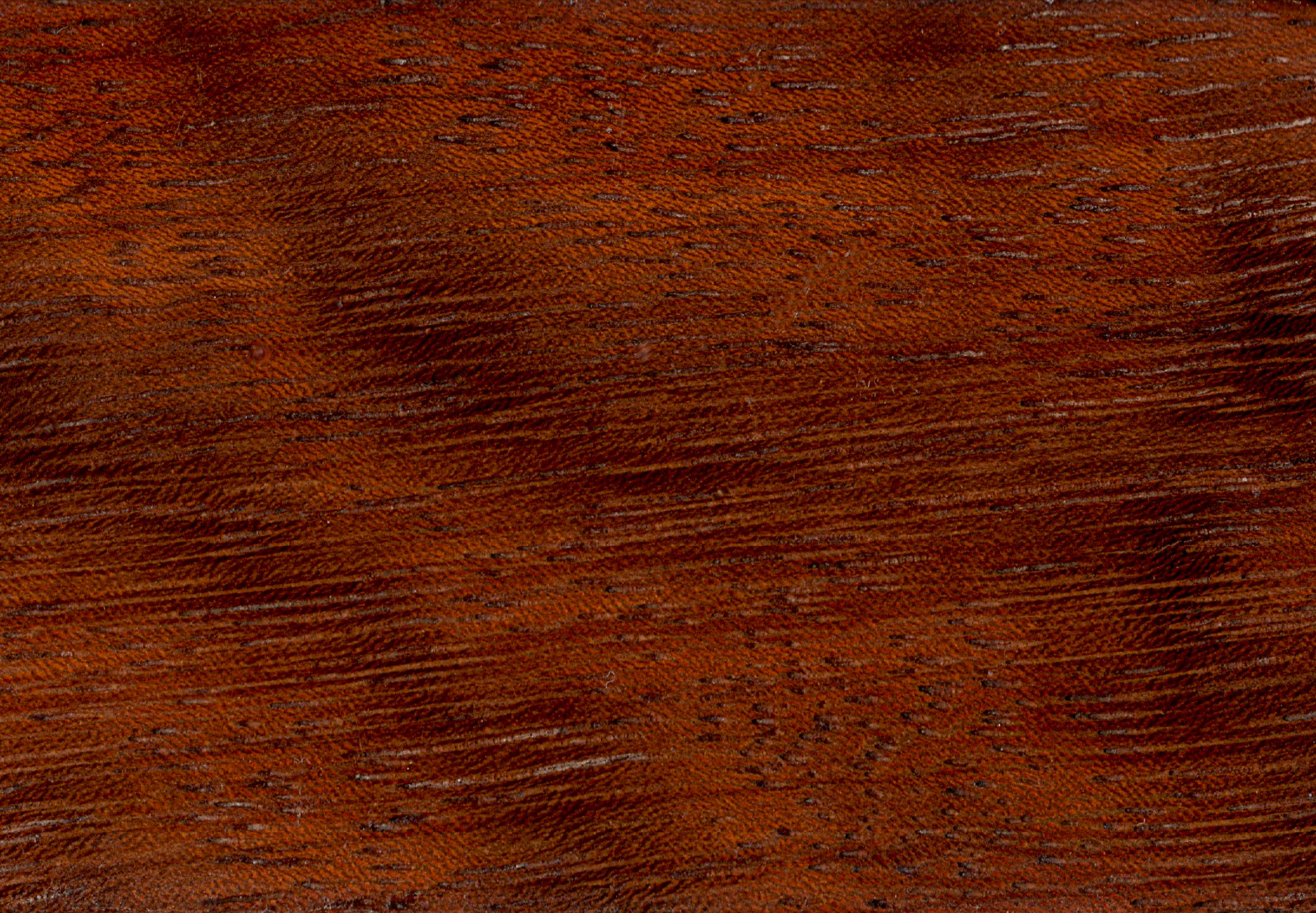 What does mahogany wood look like