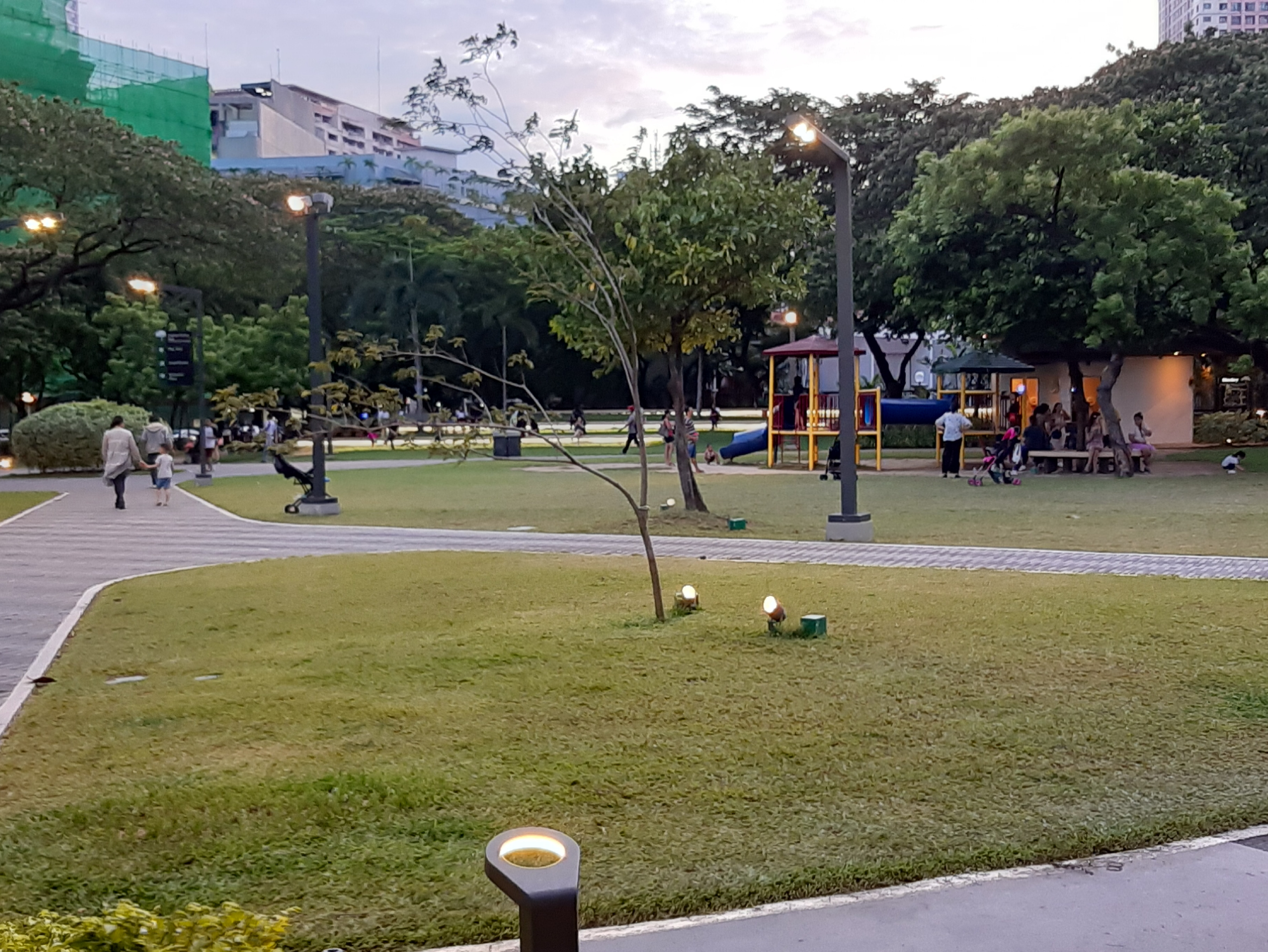 View of Joggers way in Legazpi Active Park