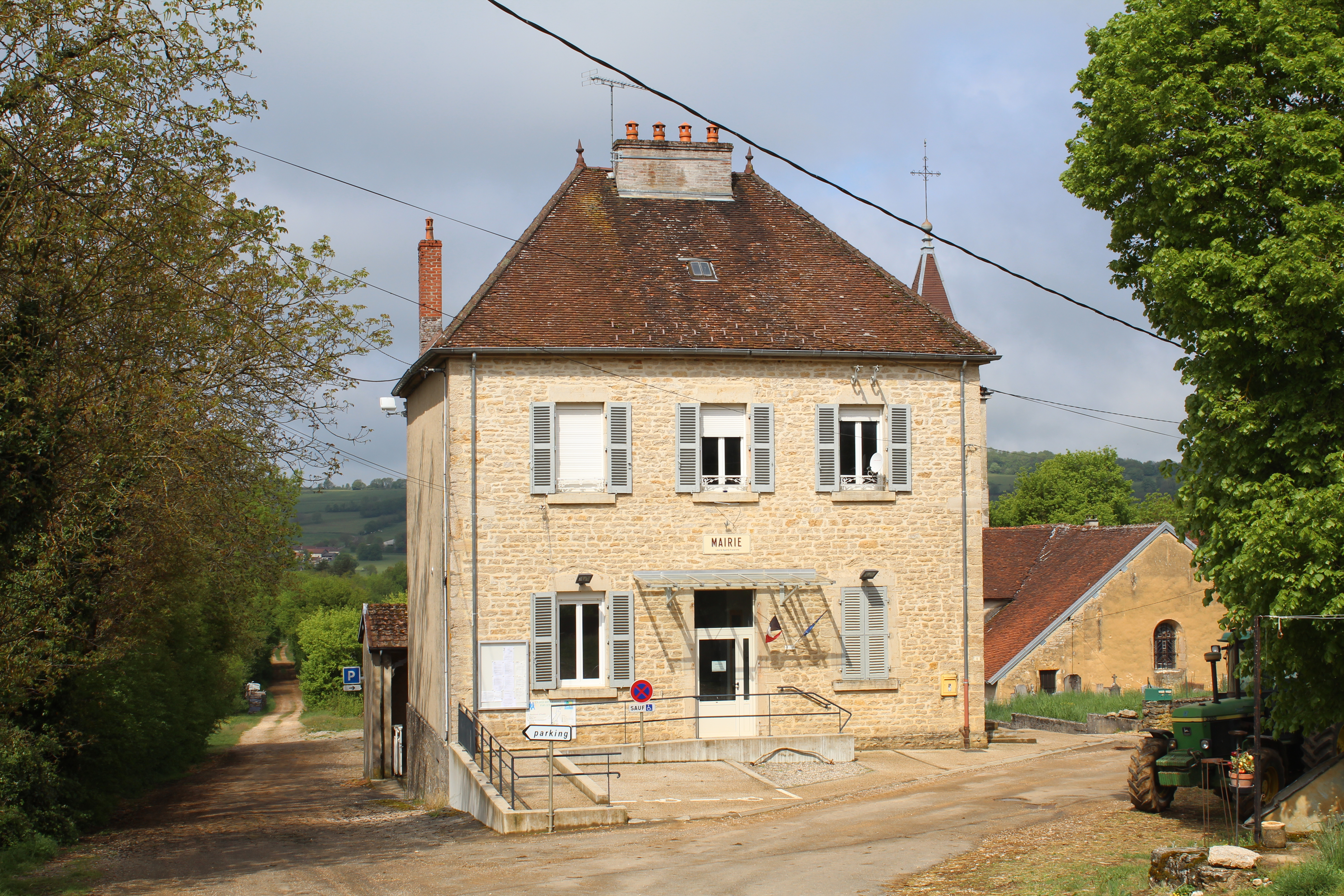 La Maison Du Bois Clairvaux rosay, jura - wikipedia