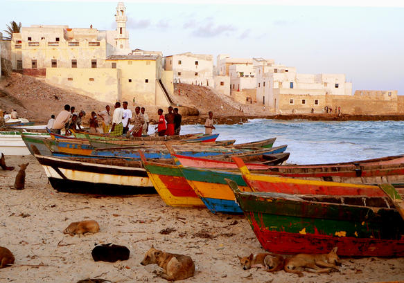 Merca boats (c) Tahir Turk