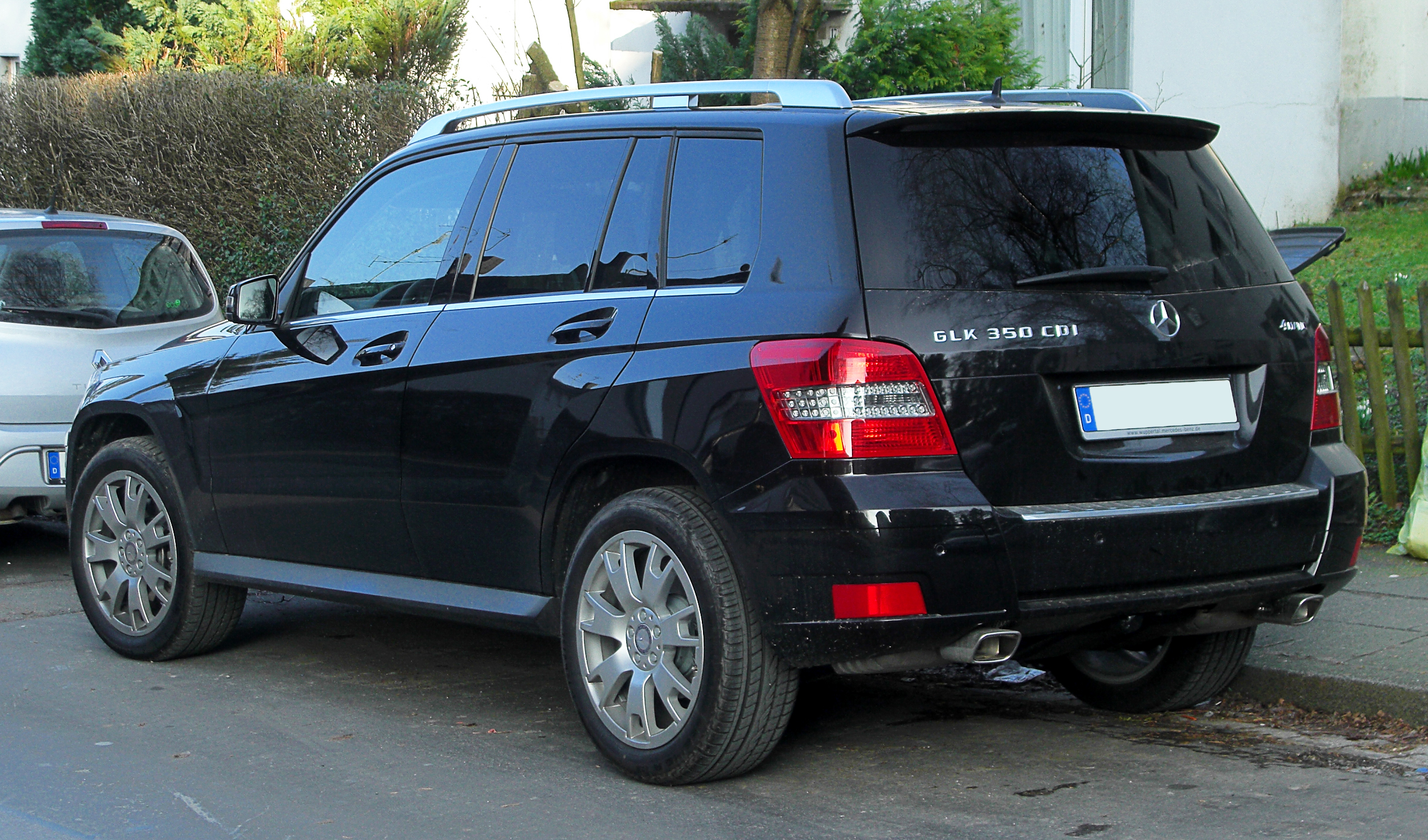 file mercedes benz glk 350 cdi 4matic x 204 heckansicht 17 februar 2011 w. Black Bedroom Furniture Sets. Home Design Ideas