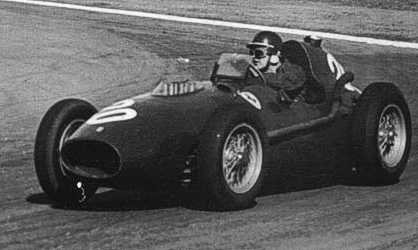Hawthorn driving his Ferrari to third in the Gran Premio de la Republica Argentina Mike Hawthorn 1958 Argentine GP.jpg