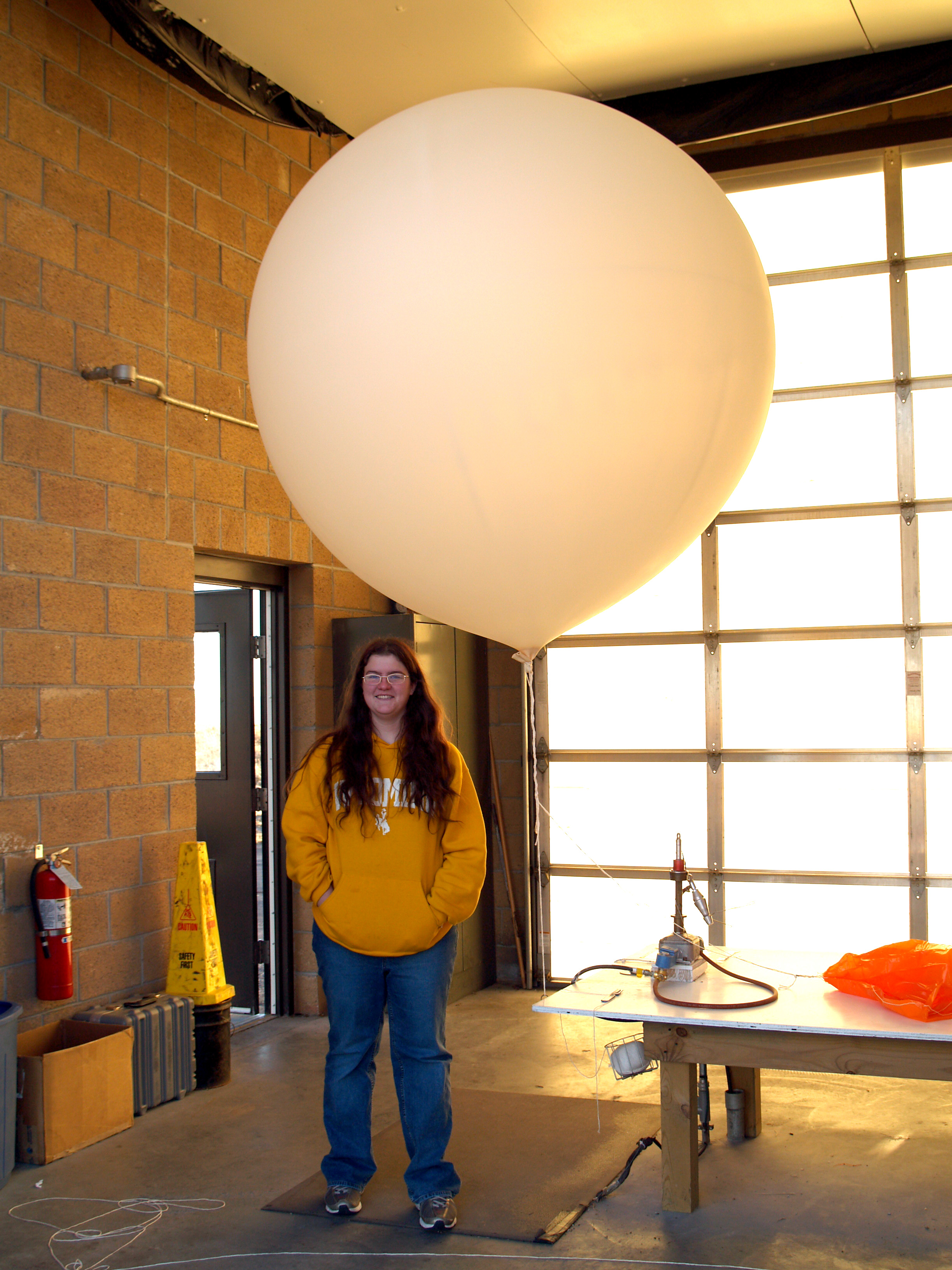 File Nws Weather Balloon Station Riverton Wy Jpg