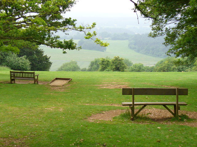 Newlands Corner, on Albury Downs - geograph.org.uk - 460461