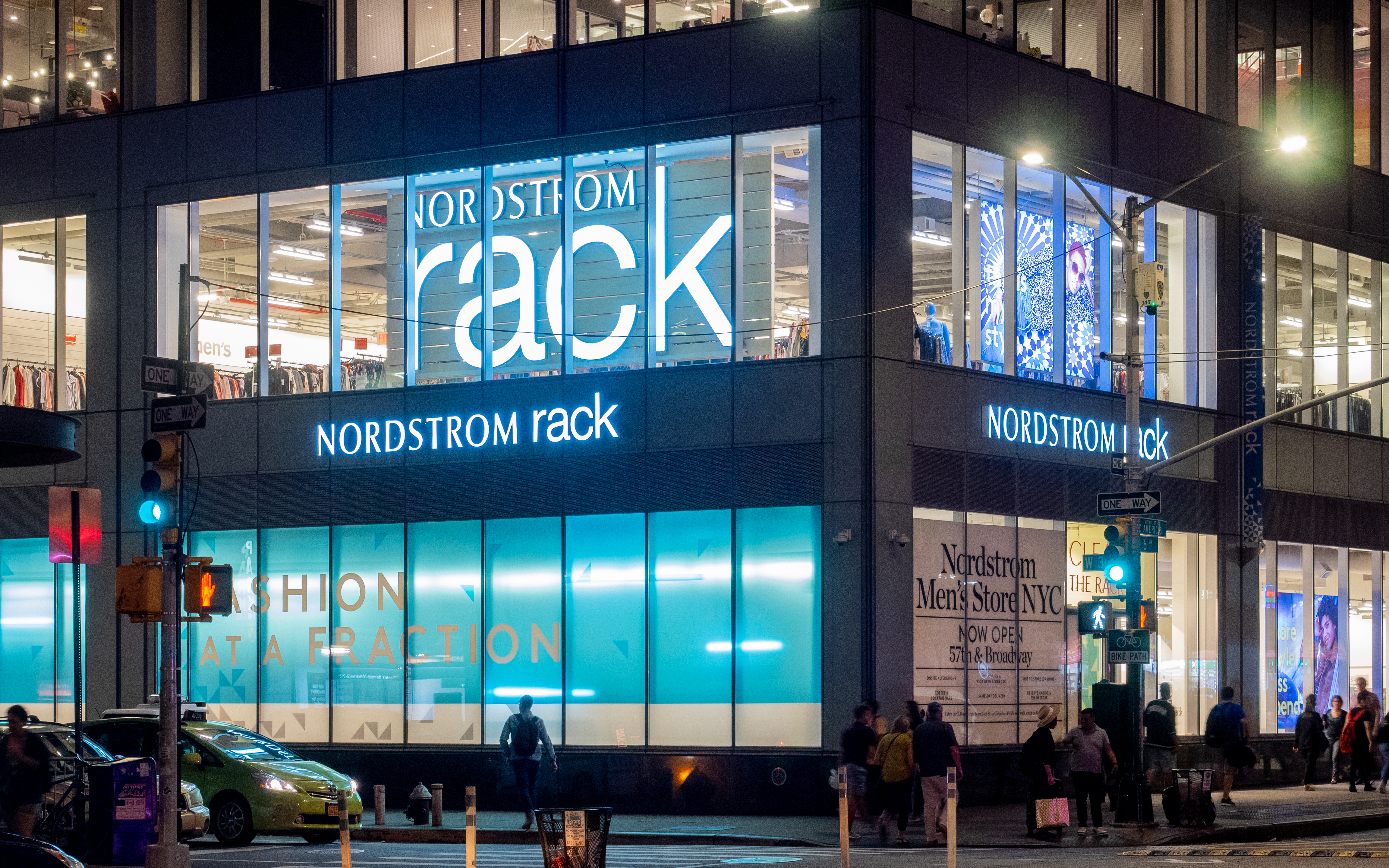 47b6a3116 Nordstrom Rack - Wikipedia