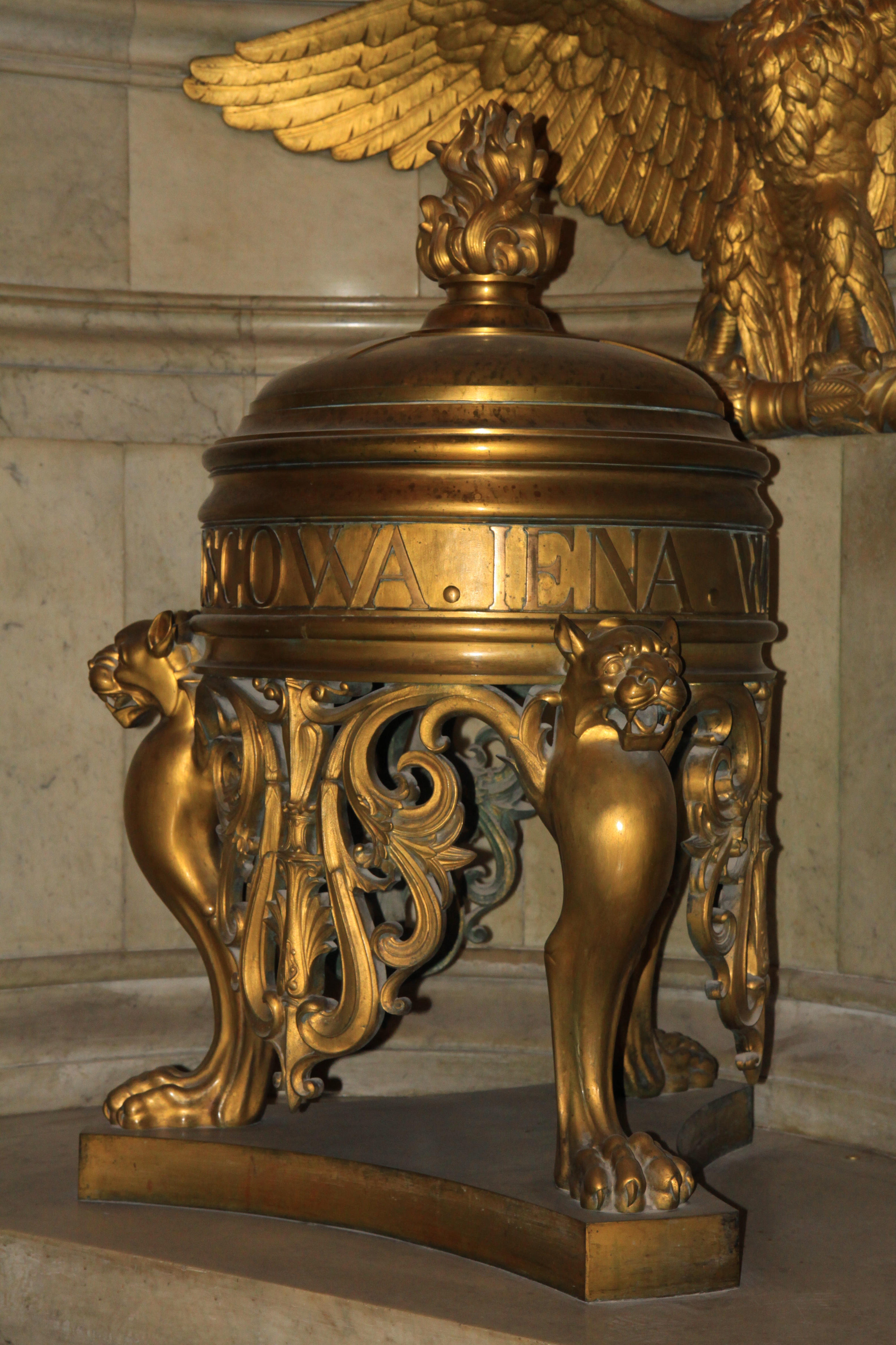 urne funeraire origine