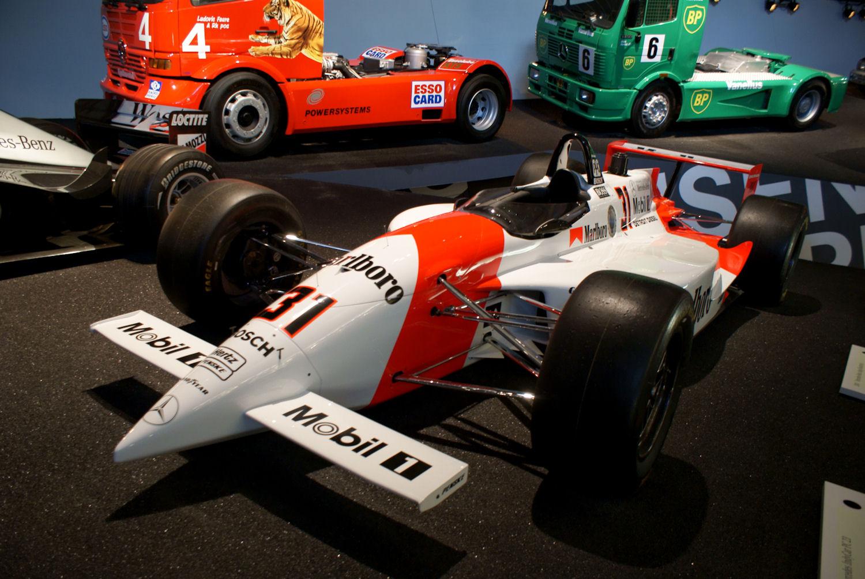 File:Penske-Mercedes PC-23 1994 IndyCar Al Unser Jr LFront ...