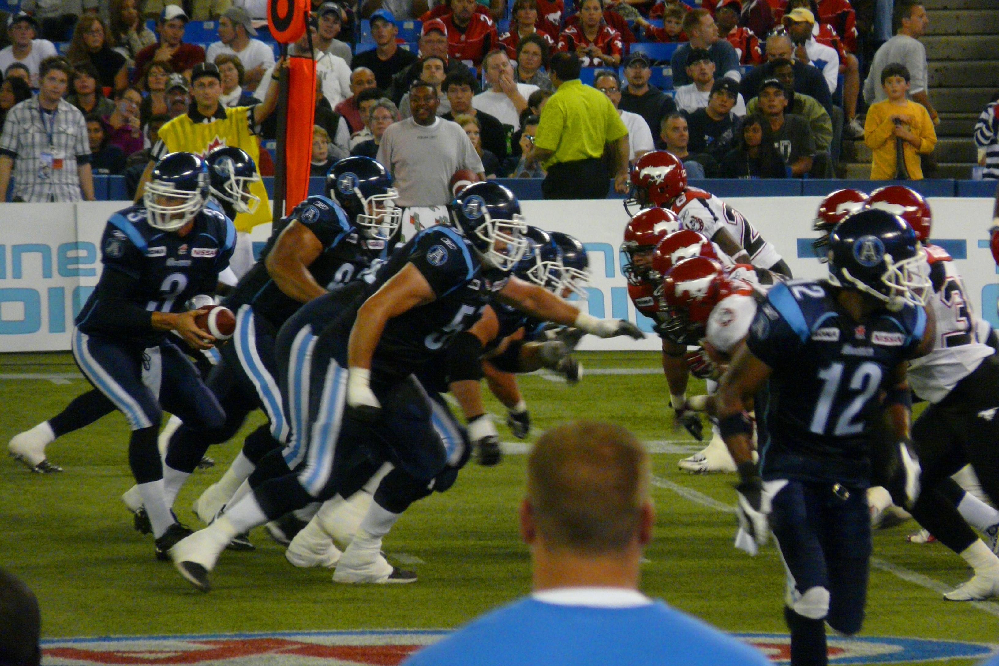 Grey Cup Toronto  Argonauts vs Calgary Stampeders Matt Dunigan 8 X 10 Photo Pic