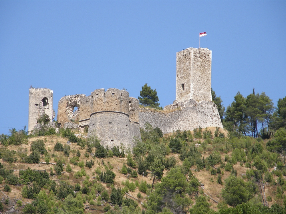Castello Cantelmo, Popoli