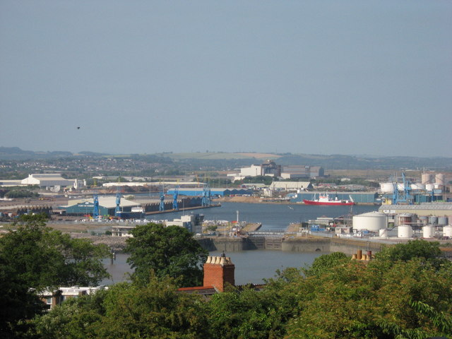 Queen Alexandra Dock, Cardiff - geograph.org.uk - 1945927