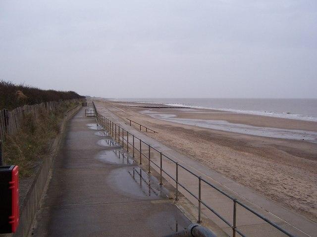 English: Rain Swept Beach - Skegness Looking n...
