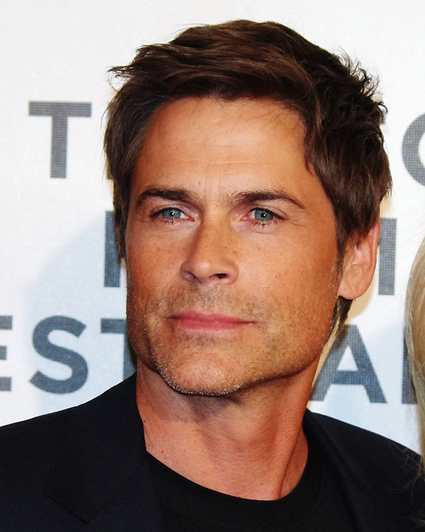 person knife holder with File Rob Lowe 2012 Shankbone on Basic Katana Template 489562513 furthermore Top 10 Abnormally Huge Animals further File Green s5 safety box cutter blade extended furthermore File Jamie Chung 2012 Shankbone furthermore File Rob Lowe 2012 Shankbone.