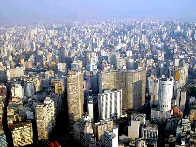 Sao Paulo By User:Jurema Oliveira (https://www.fotosedm.hpg.ig.com.br/) [see page for license], via Wikimedia Commons