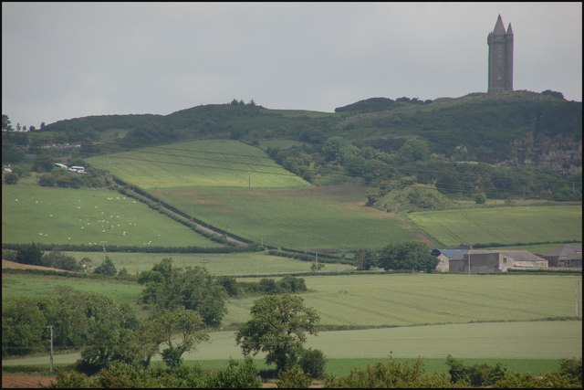 Scrabo Tower near Newtownards (2) - geograph.org.uk - 472889