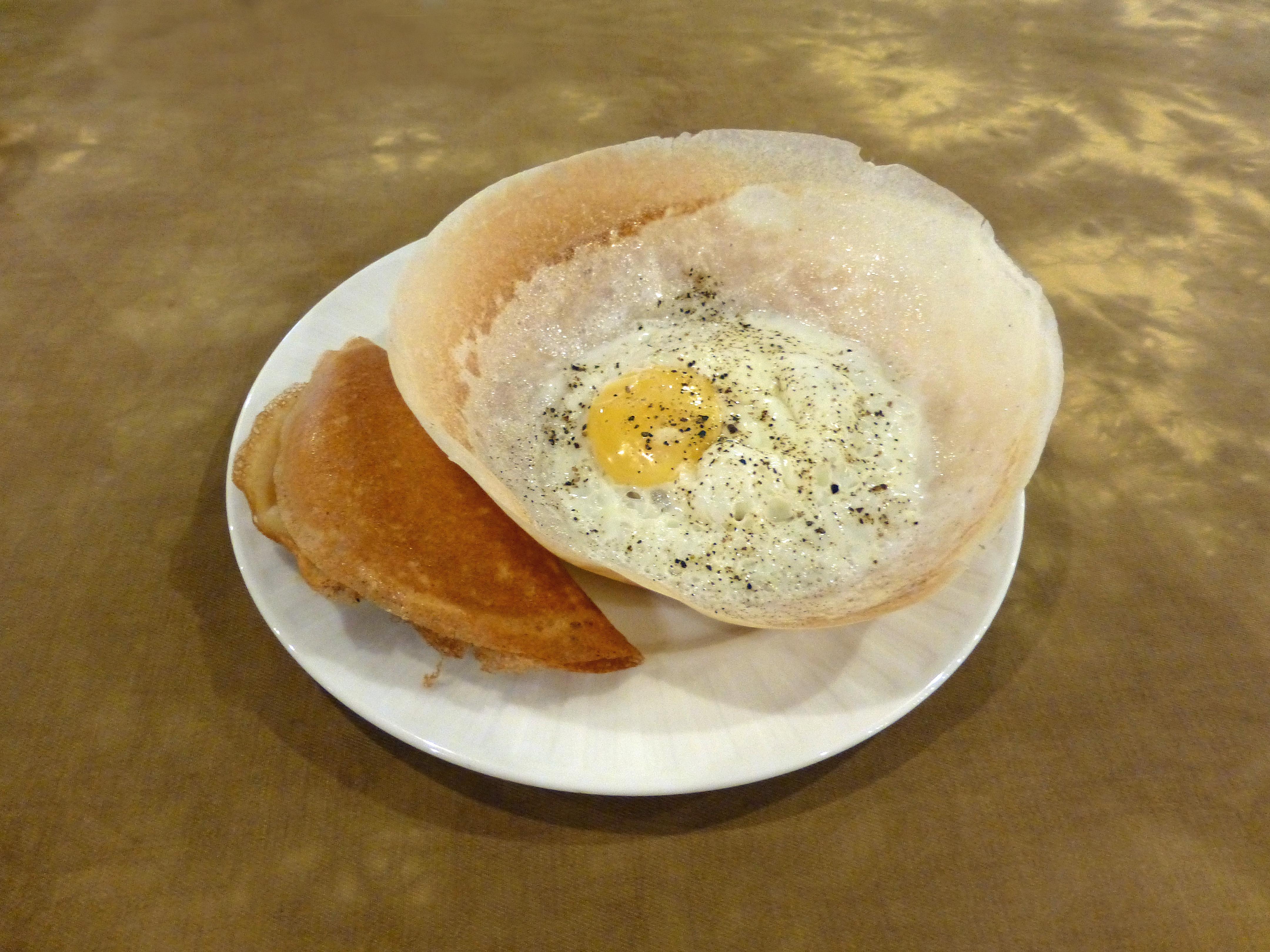 File:Sri Lanka-Egg hoppers.jpg