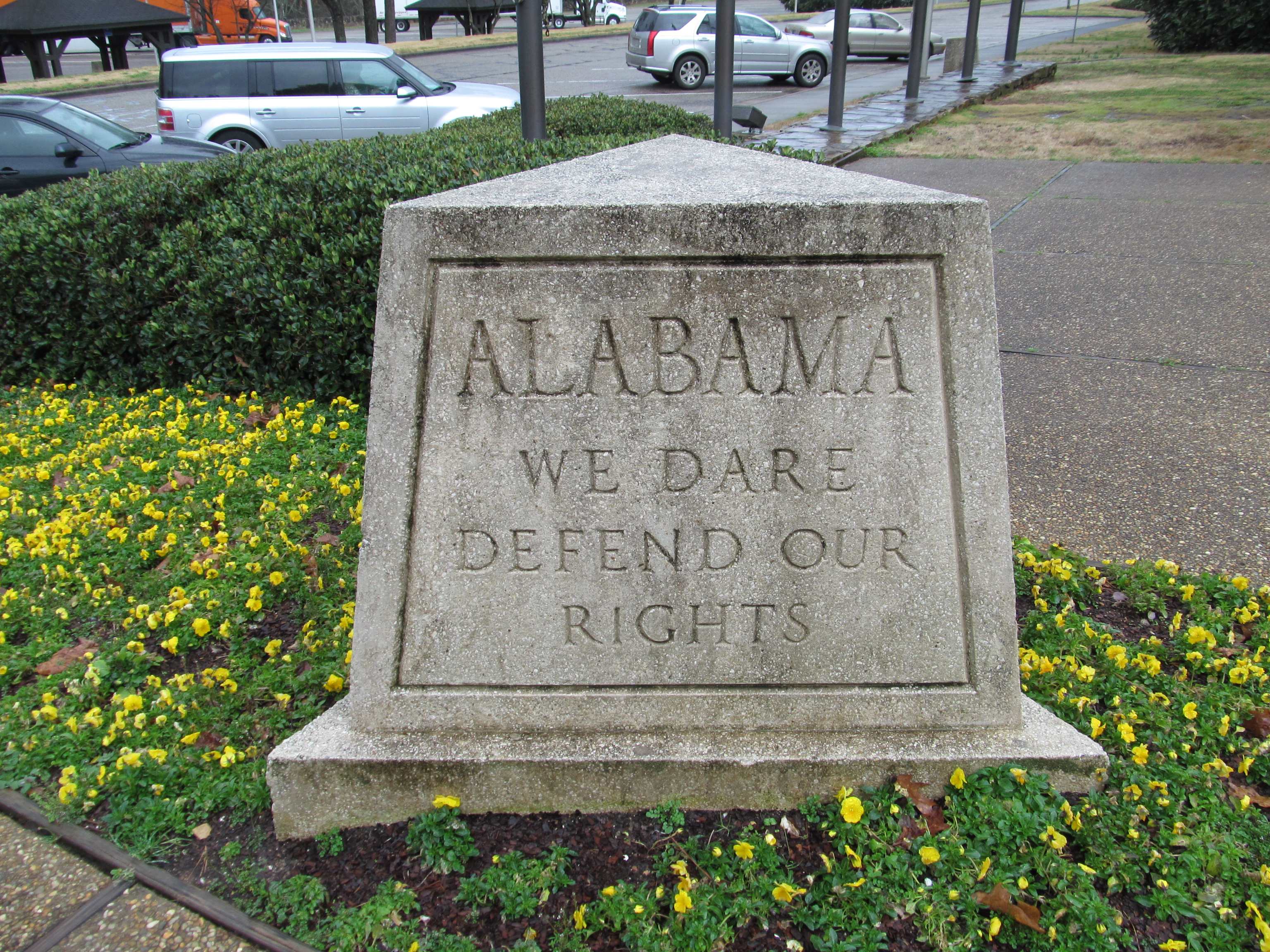 File:State Motto Marker at Alabama Welcome Center, Cleburne Countybalance of cleburne county