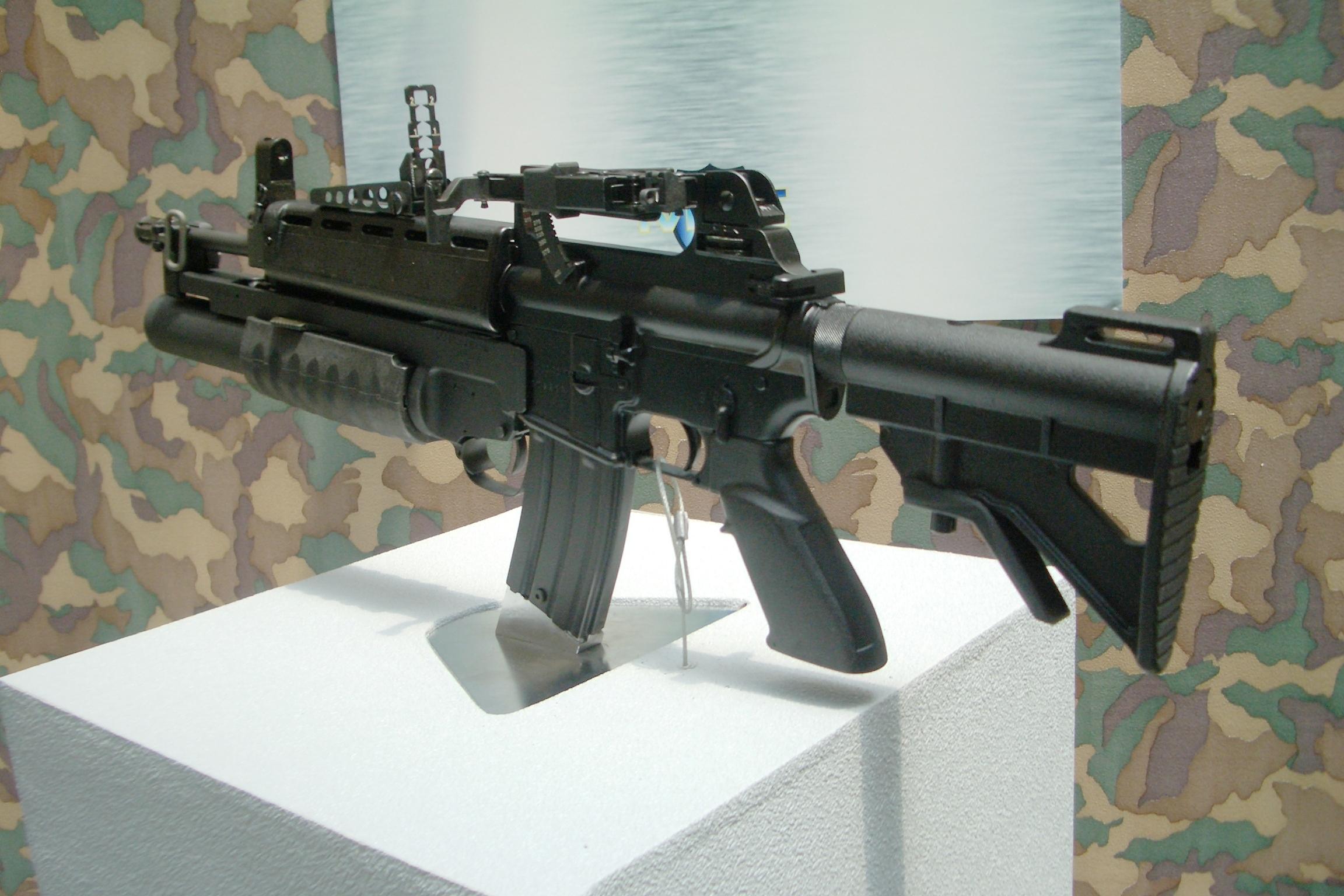 T86 assault rifle - Wikipedia