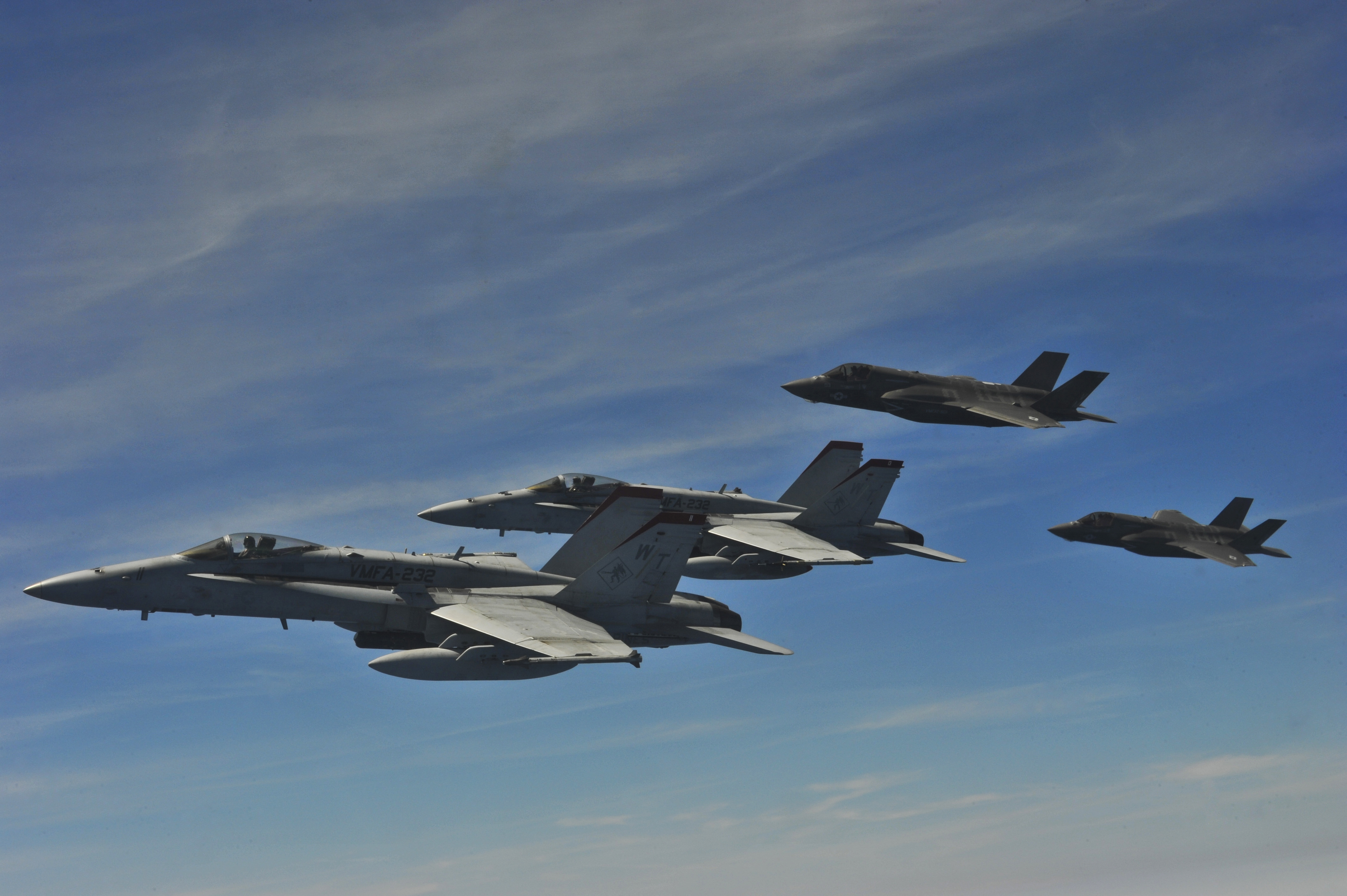 File:U.S. Marine Corps F-35 Lightning II aircraft and F-18 ...