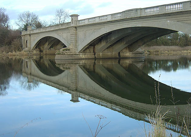 Under Gunthorpe bridge