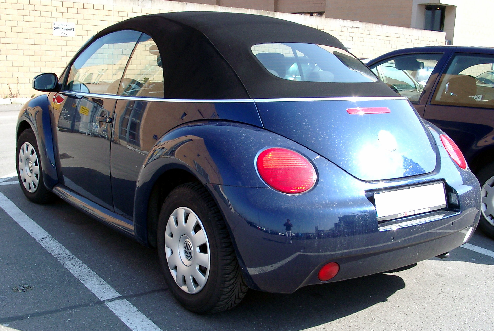 file vw new beetle cabriolet rear wikipedia. Black Bedroom Furniture Sets. Home Design Ideas