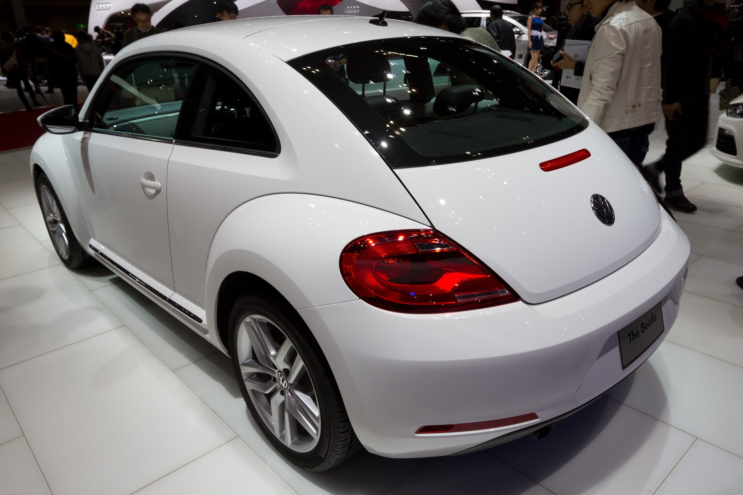 File:Volkswagen Beetle rear 2011 Tokyo Motor Show.jpg - Wikimedia ...