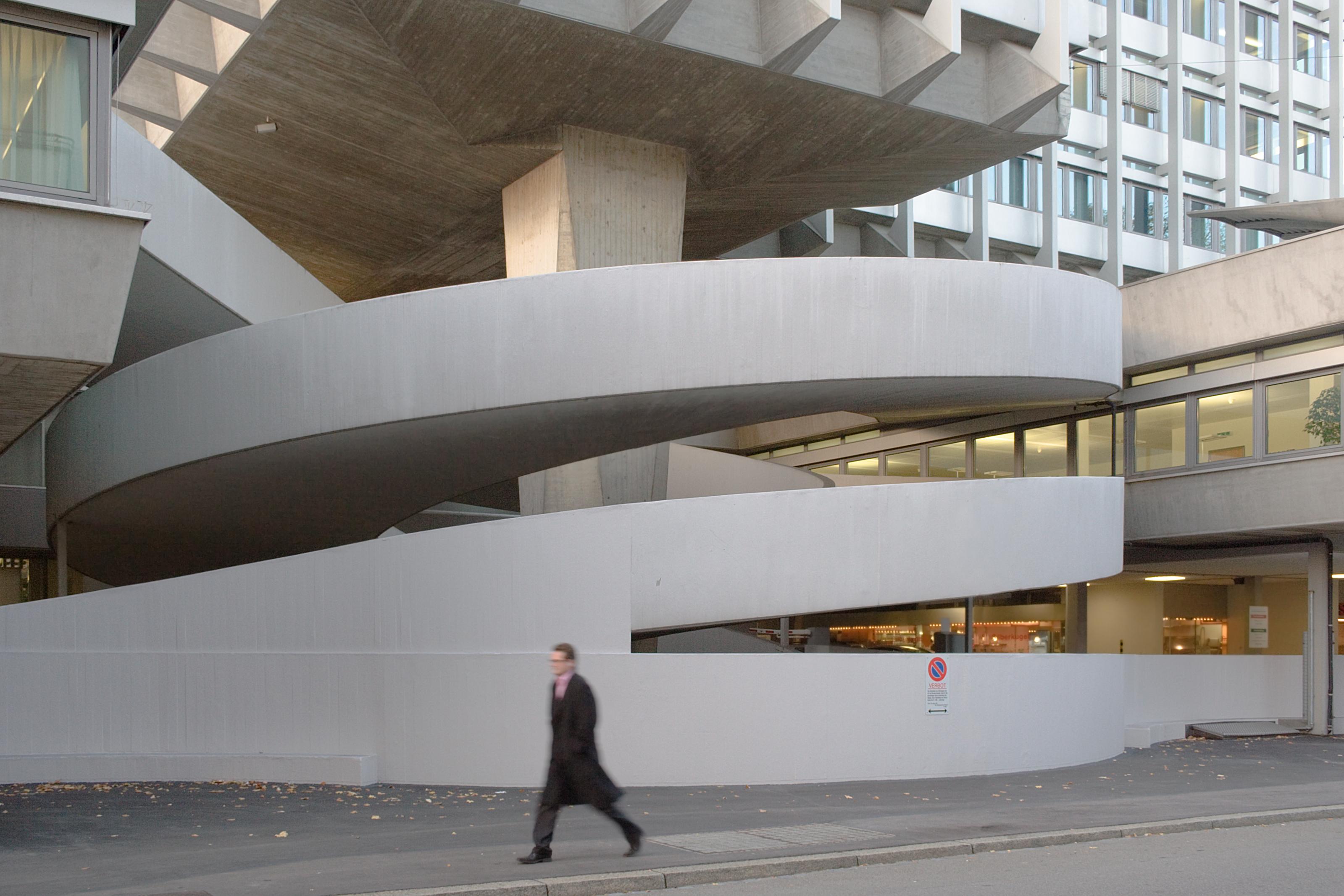 File zuerich zur palme wikimedia commons for Architektur rampe