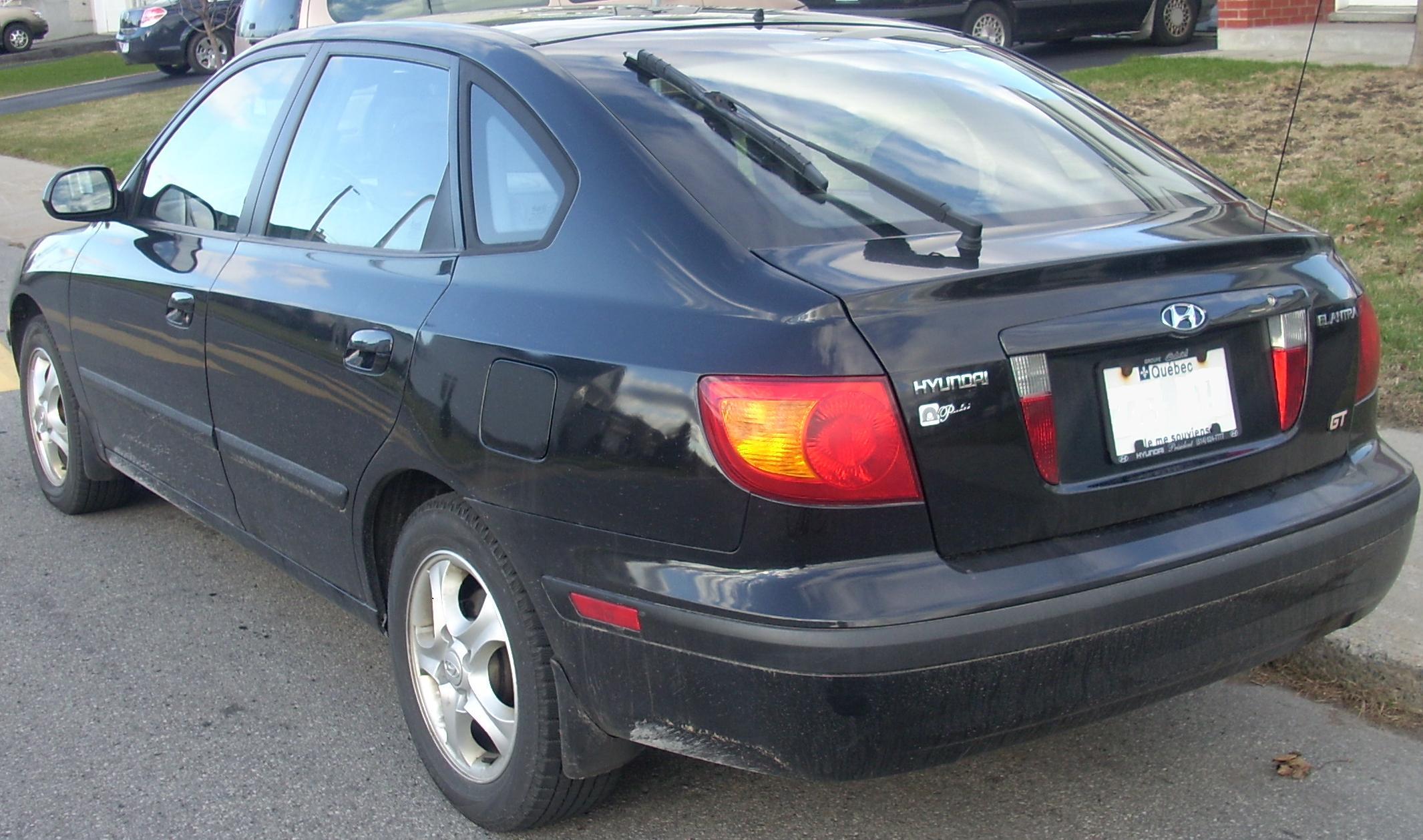 File:'02-'03 Hyundai Elantra GT Hatchback.JPG - Wikimedia Commons