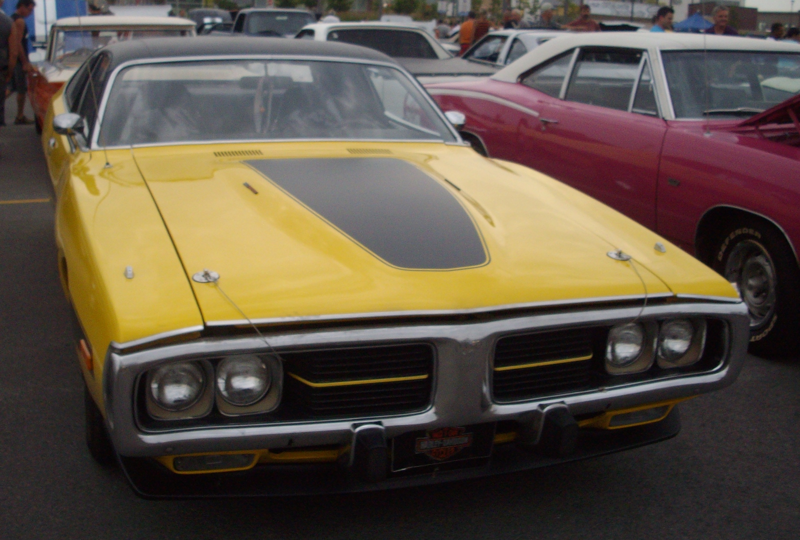 File73 Dodge Charger Les chauds vendredis 12JPG  Wikimedia