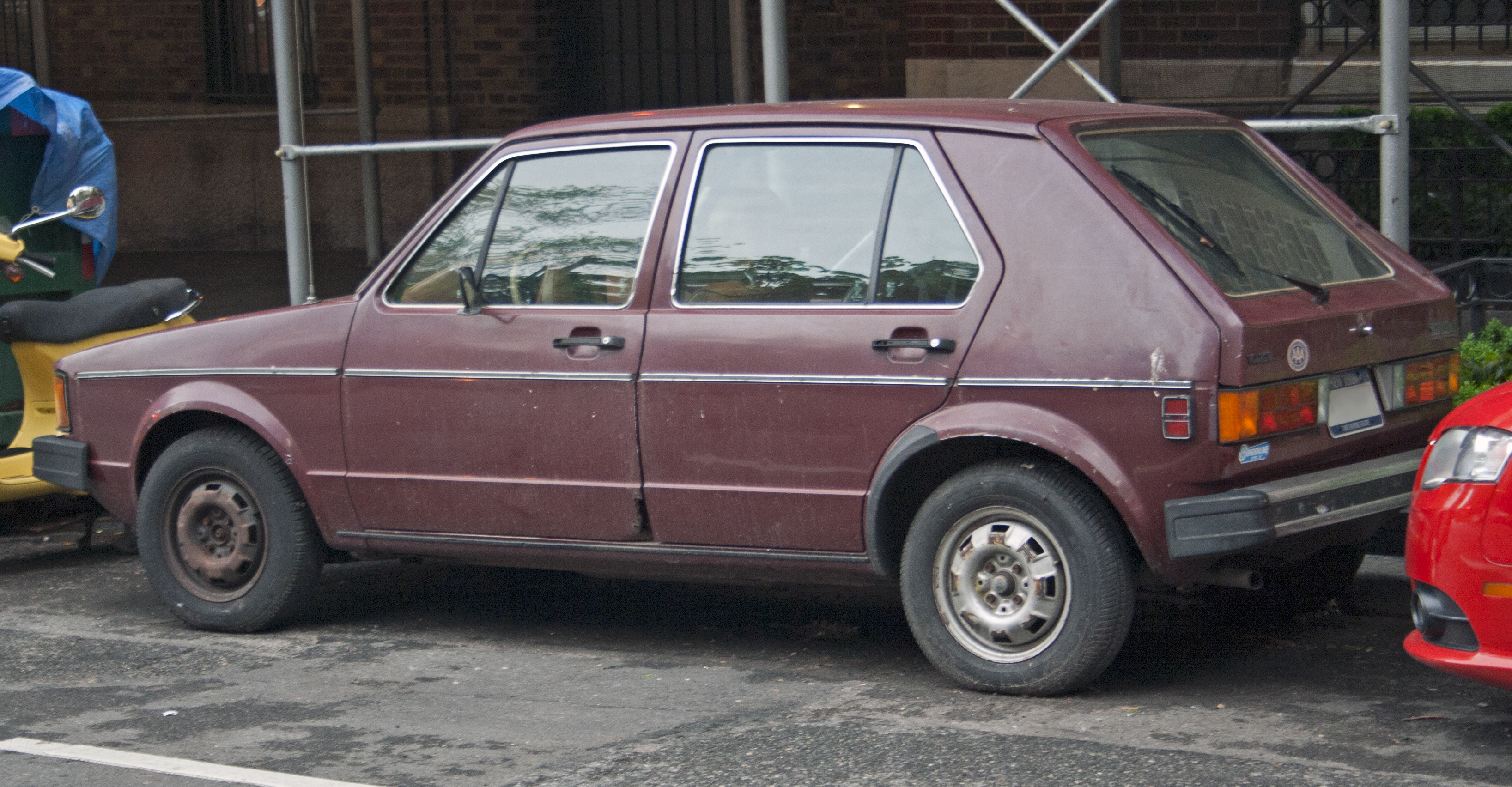 File 1982 Vw Rabbit L Injection 5 Dr Jpg Wikimedia Commons
