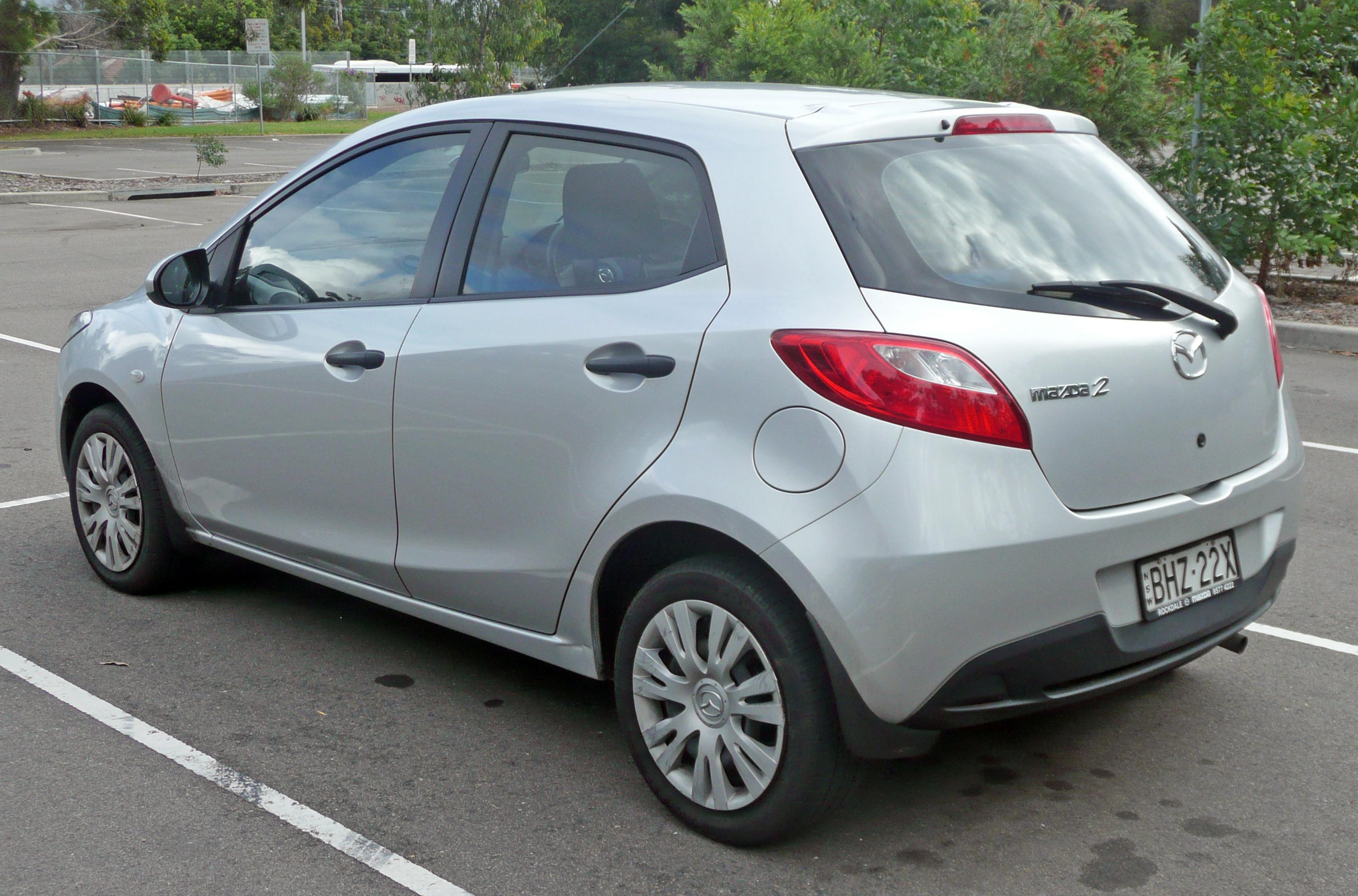 Mazda3 5 Door >> File:2007-2009 Mazda 2 (DE) Neo 5-door hatchback 03.jpg - Wikimedia Commons