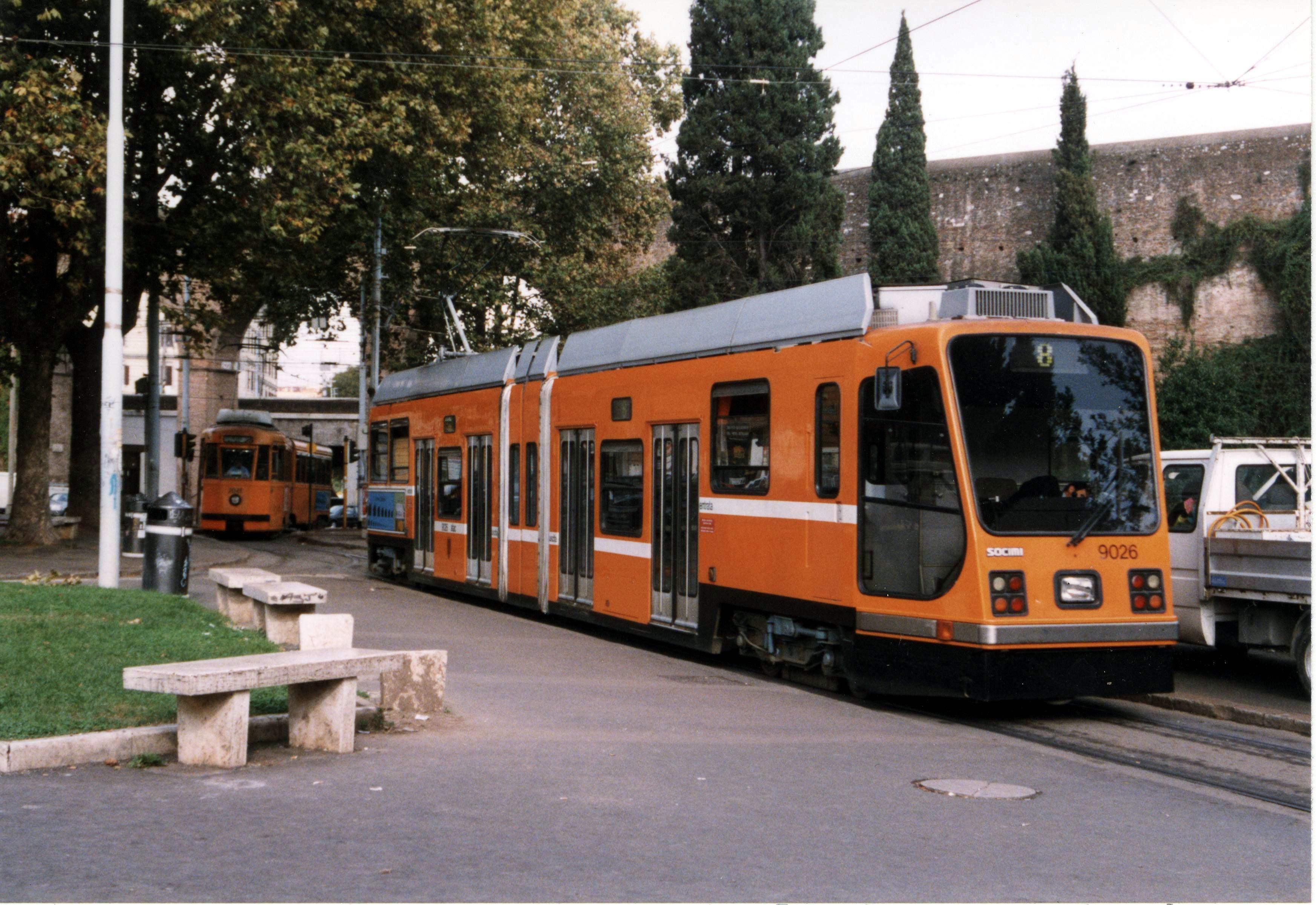 File:3127-Tram Socimi T8000 9026.jpg