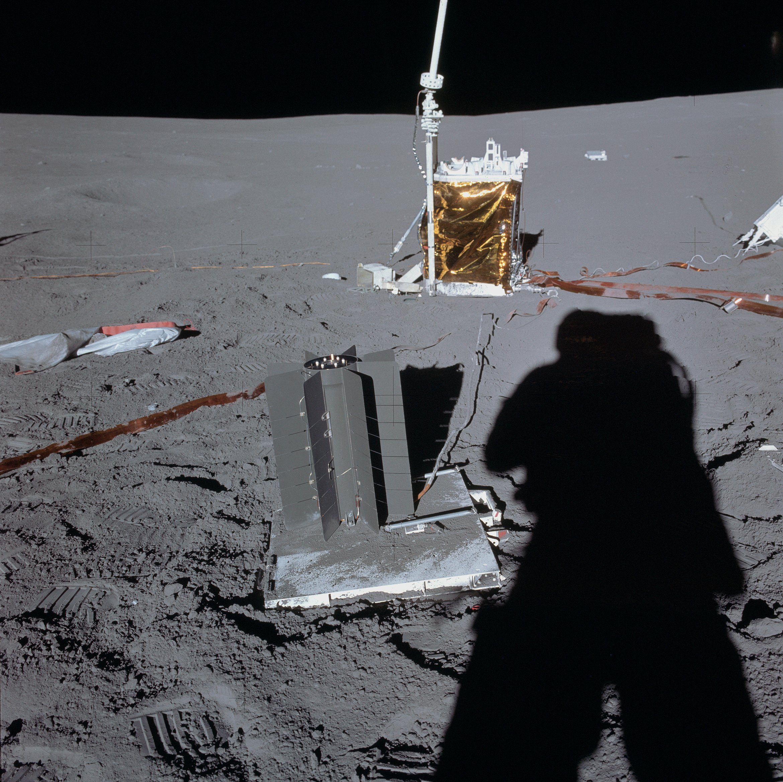 File:ALSEP Apollo 14 RTG.jpg