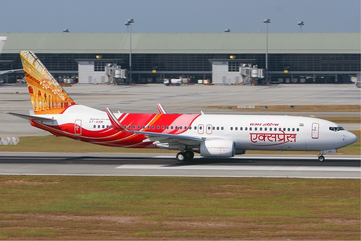Air India Express VT-AXM right MRD.jpg