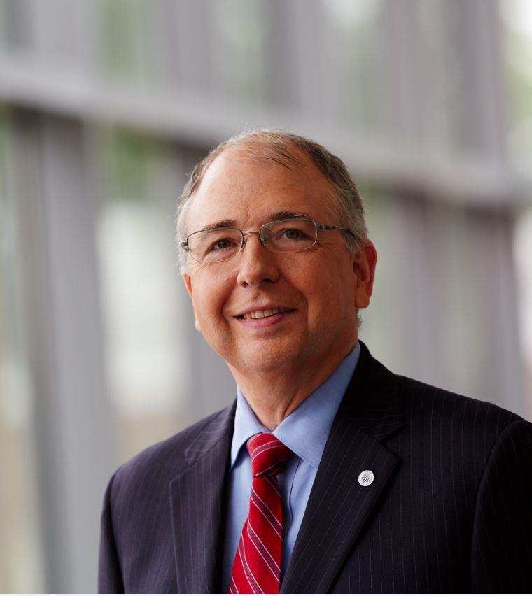 Columbia Executive Mba >> Alex Molinaroli - Wikipedia
