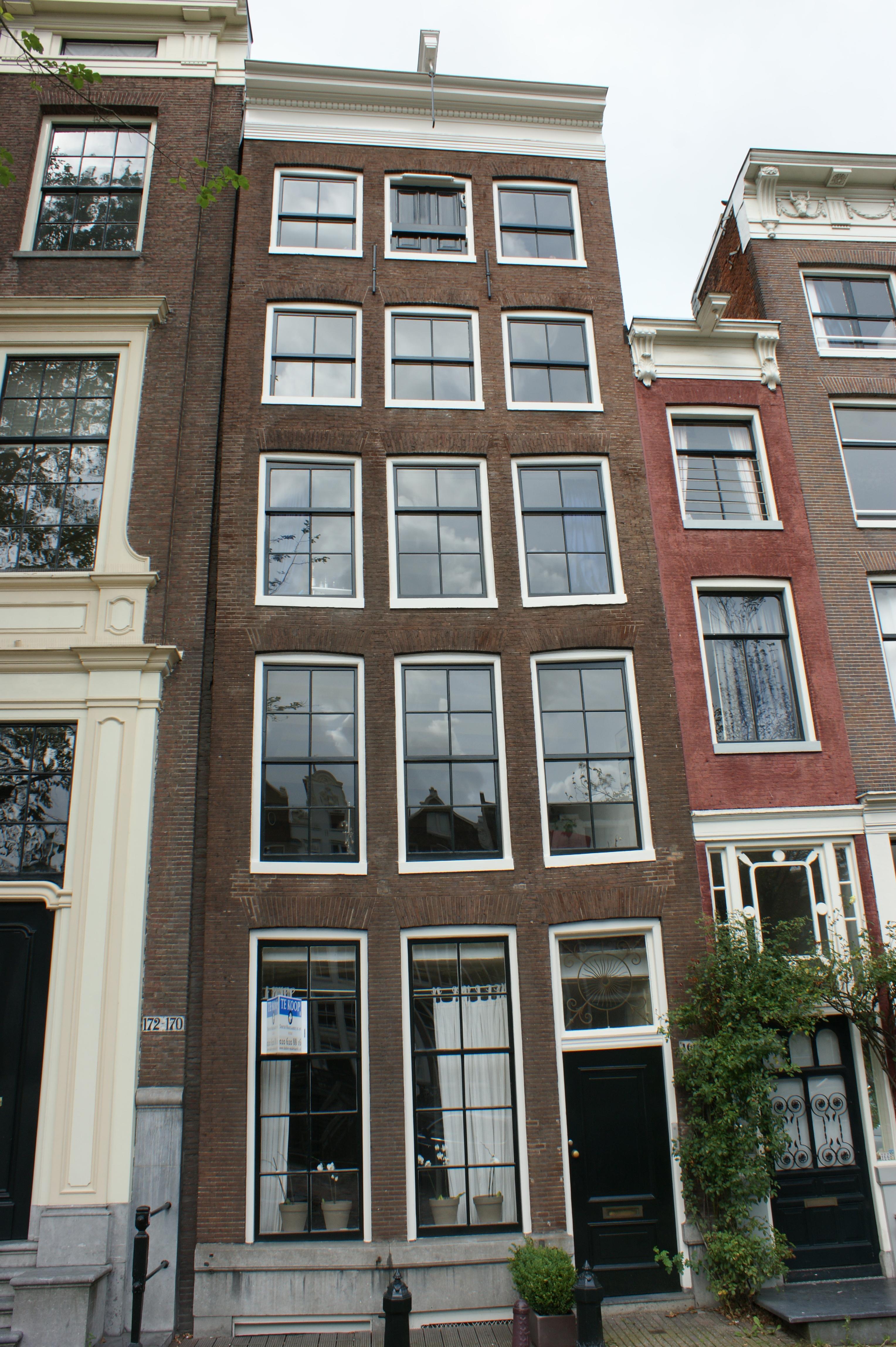 File amsterdam singel 168 jpg wikimedia commons for Amsterdam b b centro