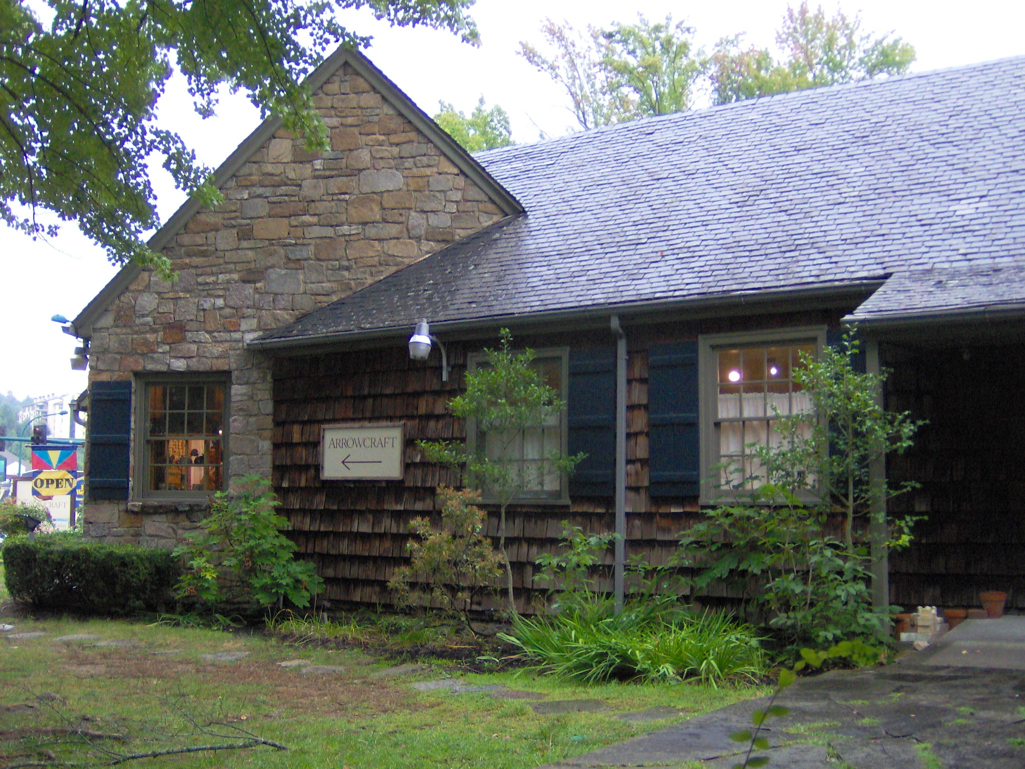 arrowmont school of arts and crafts file arrowmont arrowcraft shop tn1 jpg wikimedia commons 7379
