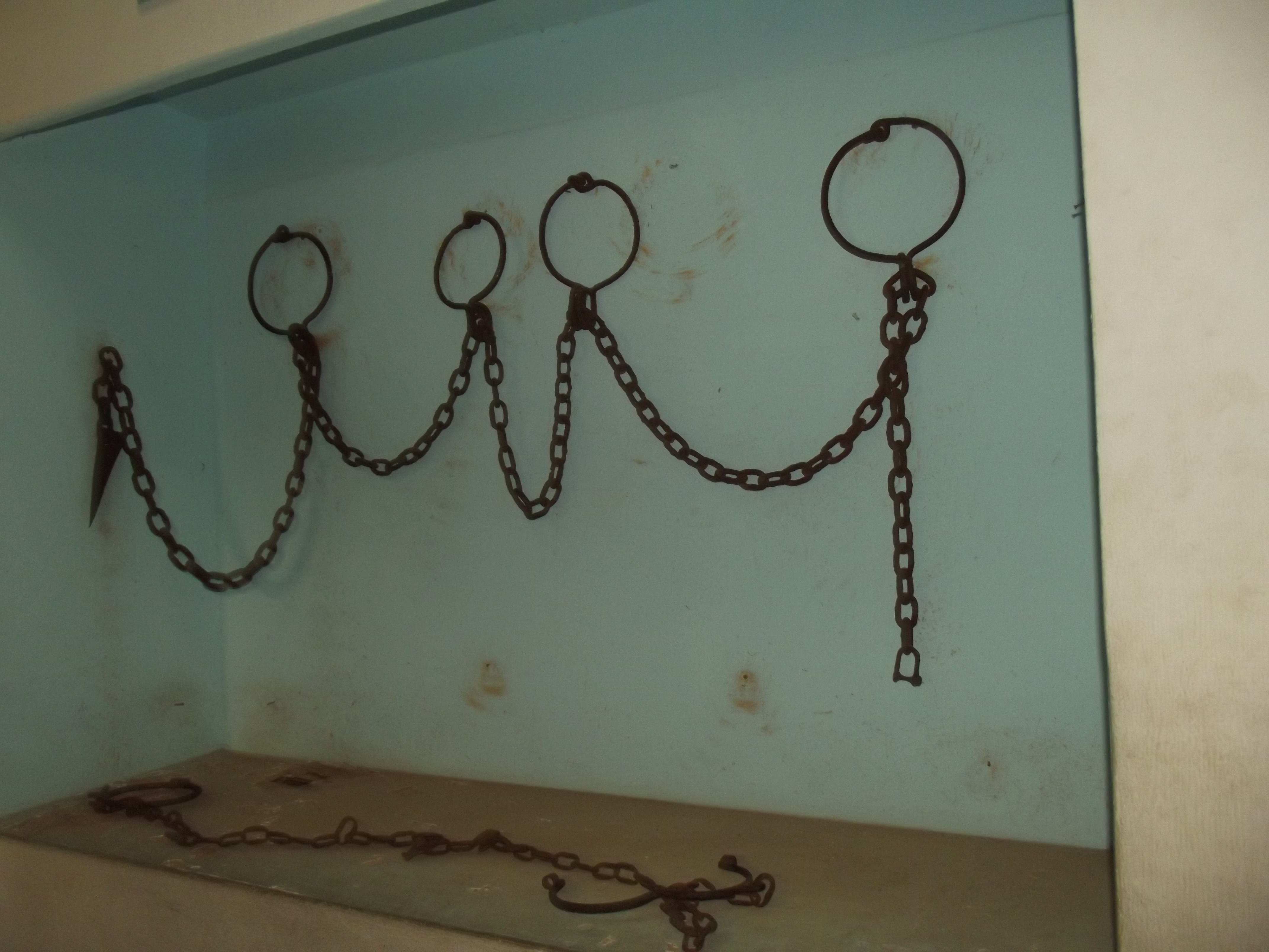 File:CHAINS USED DURING THE SLAVE TRADE. SLAVE RELICS ...